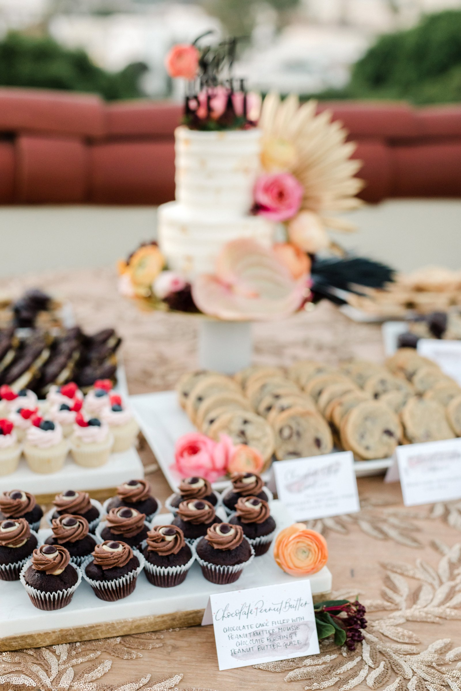 www.santabarbarawedding.com | Anna Delores Photography | Kimpton Canary Hotel | Onyx + Redwood | Enjoy Cupcakes | Desserts and Pastries