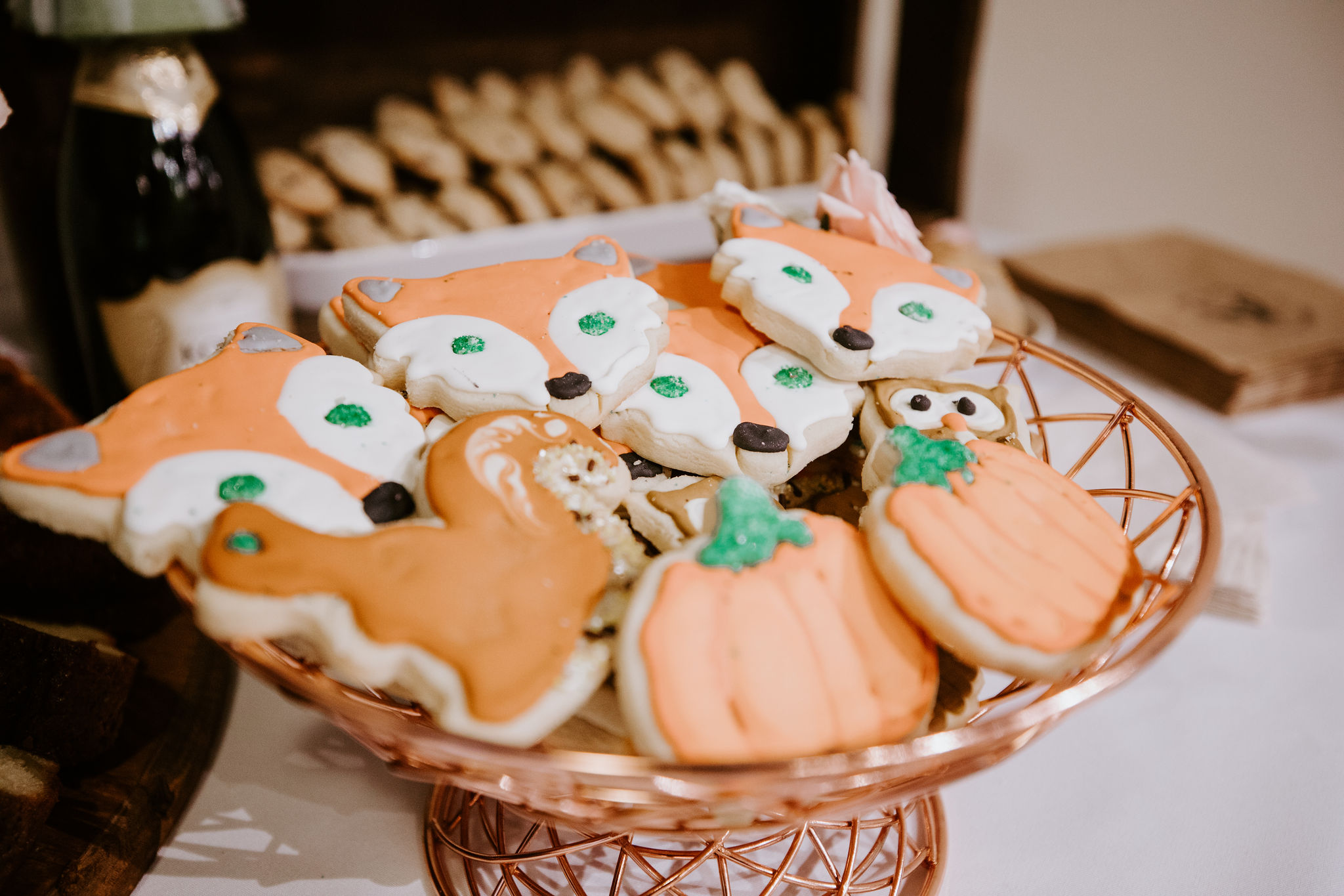 www.santabarbarawedding.com | Geoff and Lyndsi Photography | Santa Barbara Museum of Natural History | Jamie Mangone of LuJane Events | Baking the Goods | I'll Have What She's Having | Fall Cookies