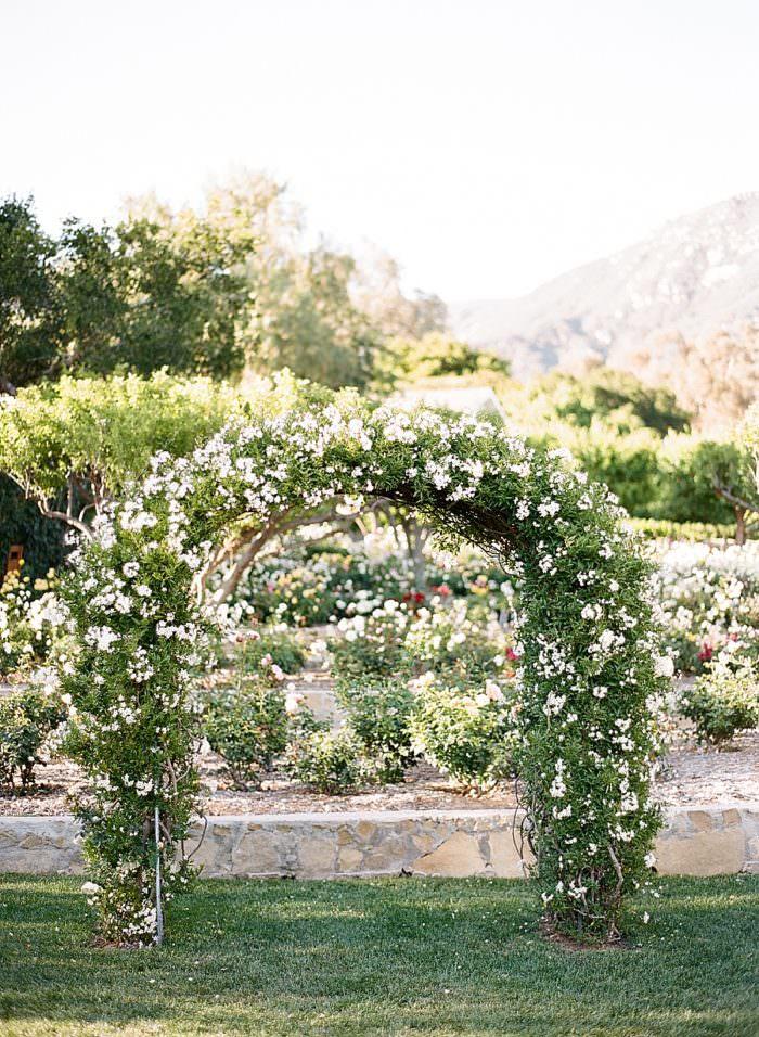 www.santabarbarawedding.com | Kristen Beinke | San Ysidro Ranch | Alexandra Kolendrianos | TOAST | Flowered Arbor