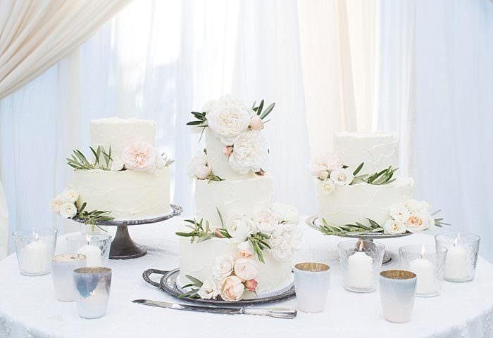 www.santabarbarawedding.com | Kristen Beinke | San Ysidro Ranch | Alexandra Kolendrianos | Bella Vista Designs | Wedding Cake