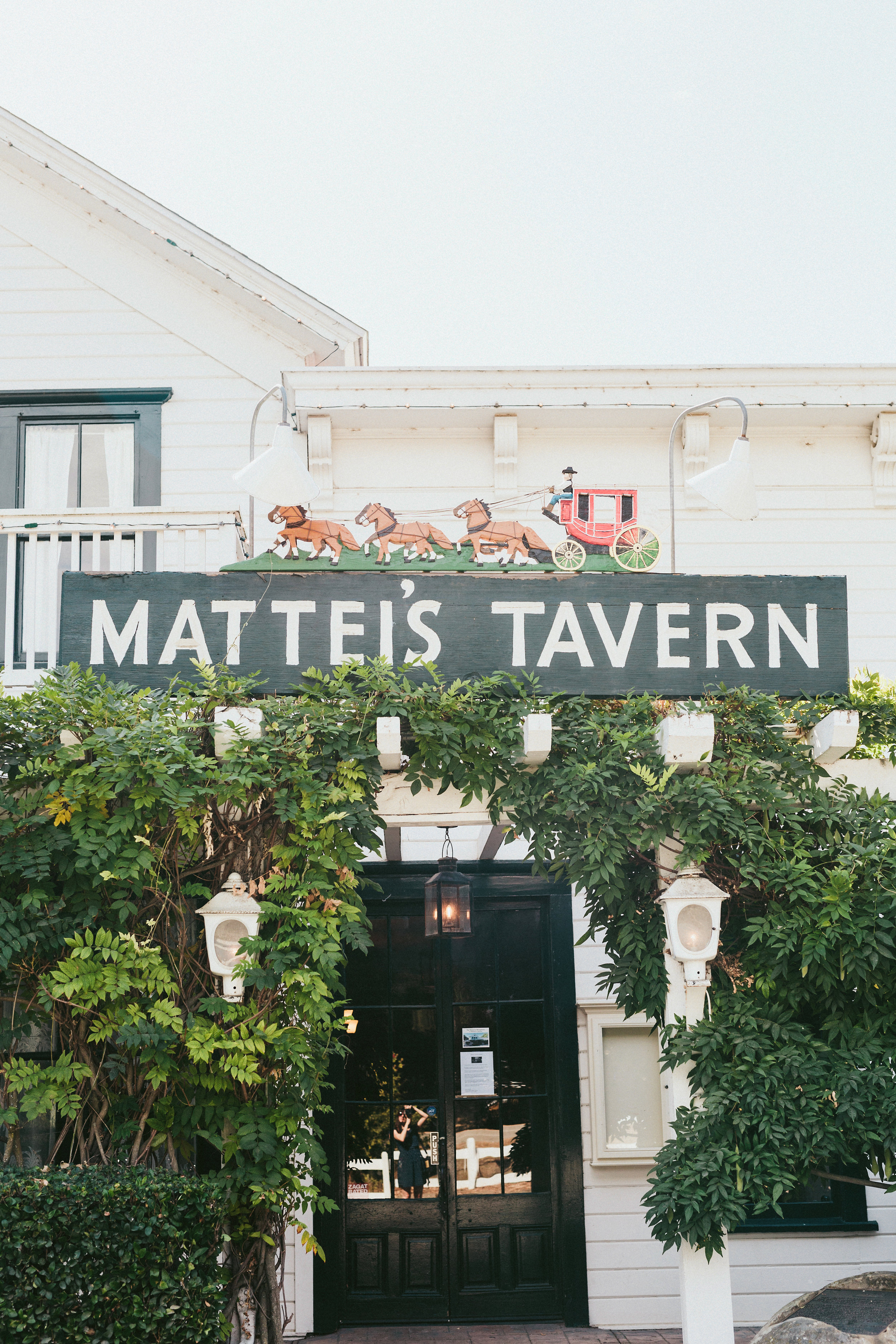www.santabarbarawedding.com | Sargeant Creative | Ann Johnson | Mattei's Tavern