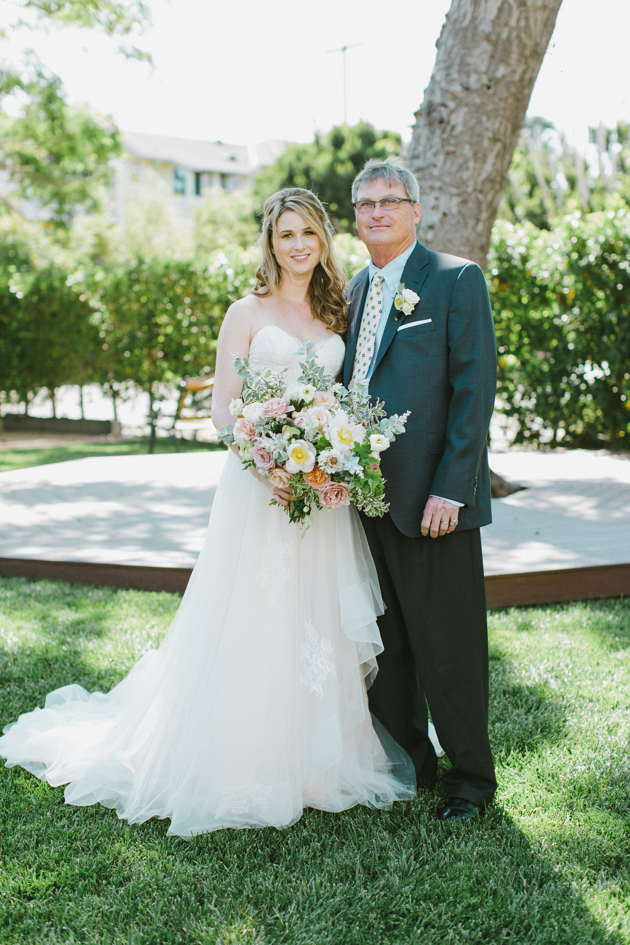 www.santabarbarawedding.com | Ryanne Bee Photography | The Santa Barbara Club | Haute Blossoms Floral | Bride with Her Father