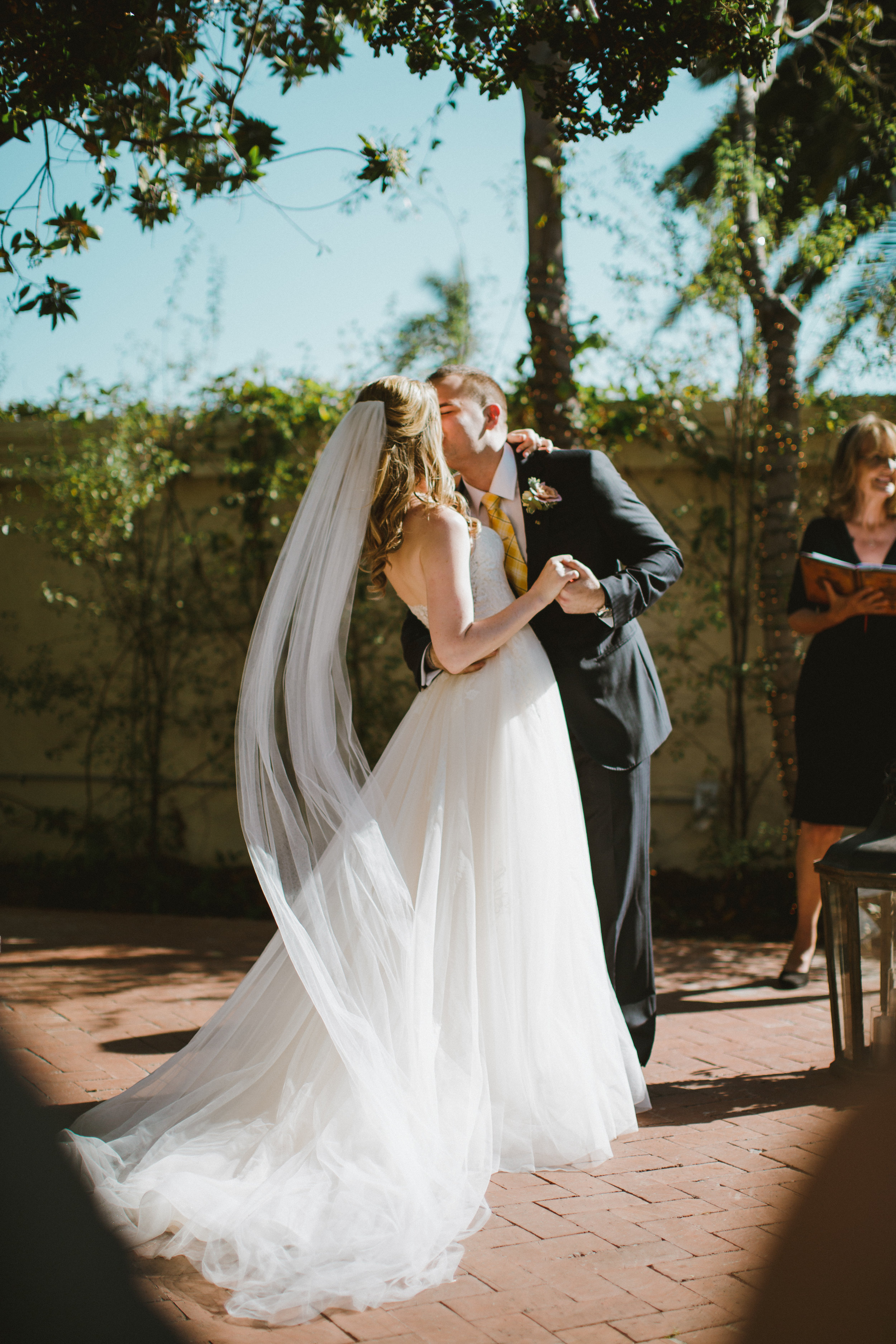 www.santabarbarawedding.com | Ryanne Bee Photography | The Santa Barbara Club | Santa Barbara Classic Weddings | Bride and Groom First Kiss