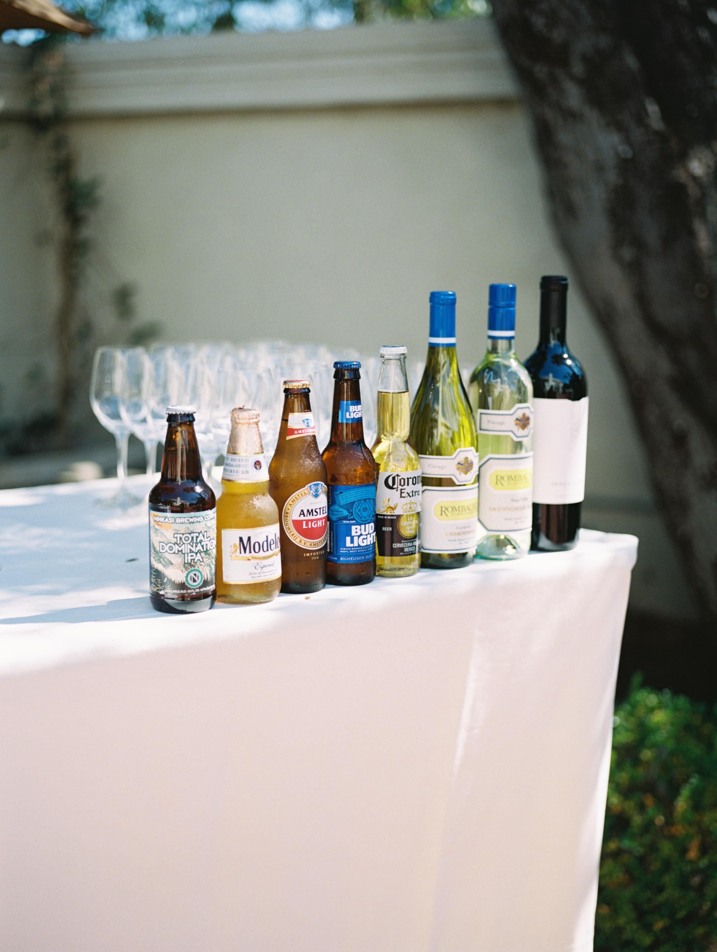 www.santabarbarawedding.com | Ryanne Bee Photography | The Santa Barbara Club | Refreshments for Guests