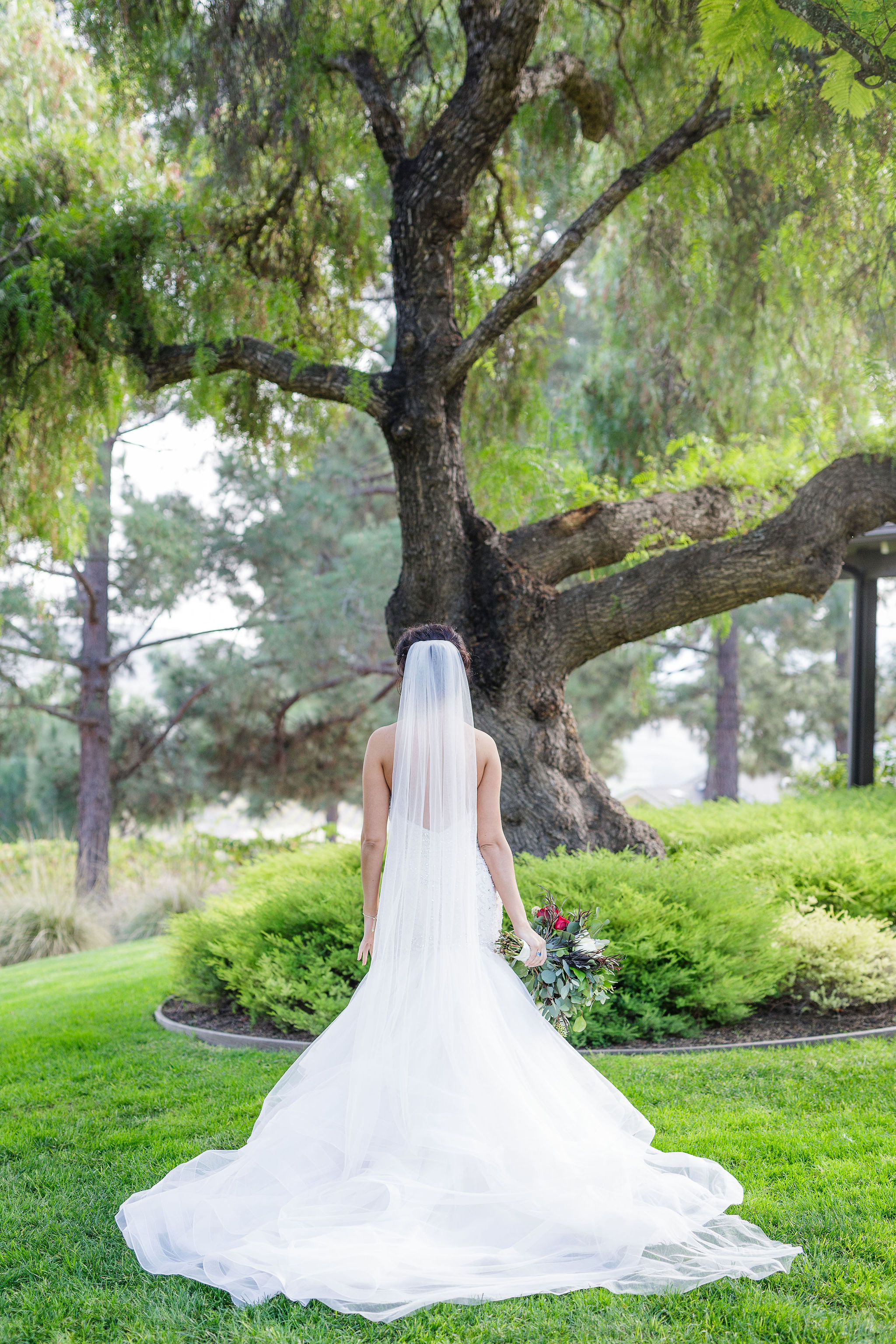 www.santabarbarawedding.com | Kiel Rucker | Greengate Ranch | Kramer Events | De La Fleur Flowers | Bianca's Bridal | Bride's Wedding Gown