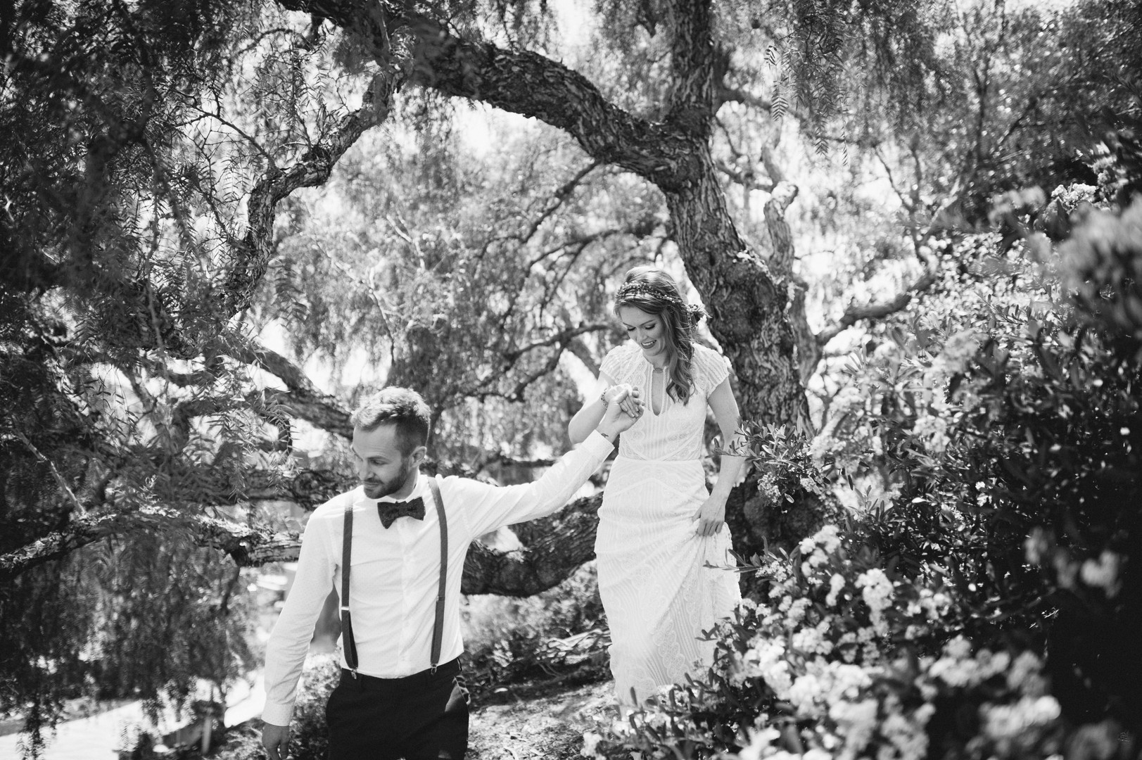www.santabarbarawedding.com | Sarah Katherine Davis Photography | Santa Barbara Museum of Natural History | Wild Heart Events | BHLDN | Bride and Groom Among the Trees