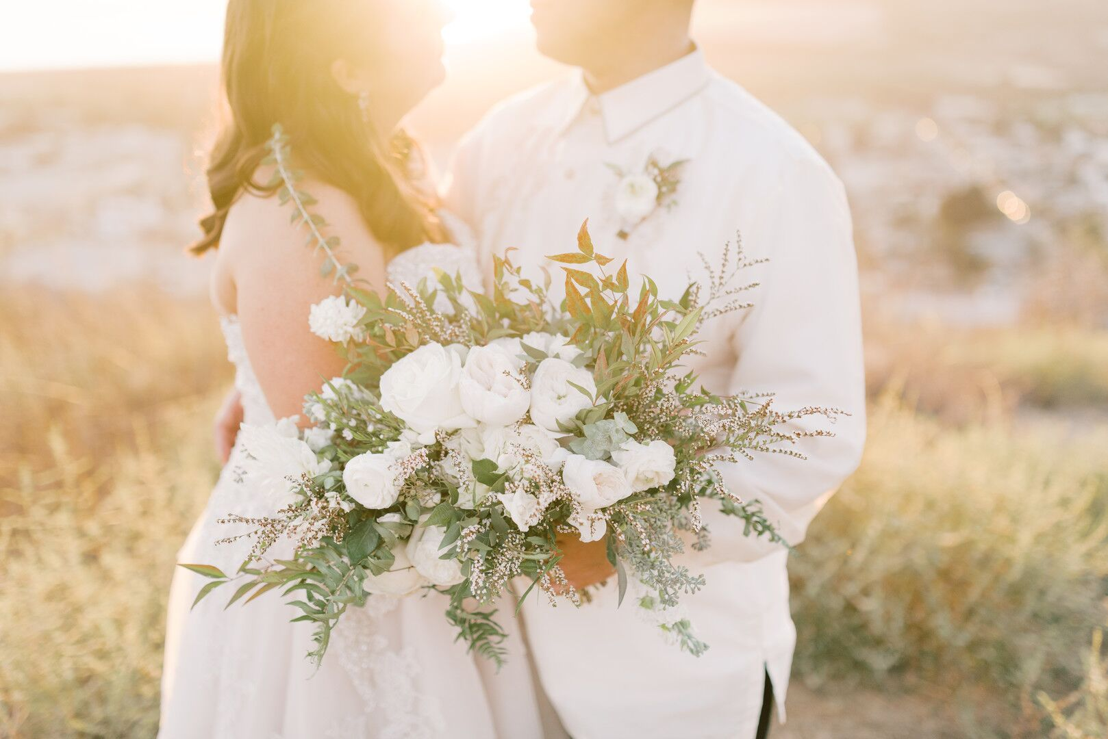 wwww.santabarbawedding.com |Planner: Vintage Heart Events | Ceremony Venue: Serra Cross Park | Photographer: Haley Richter Photography |  Bride and Groom with Bouquet