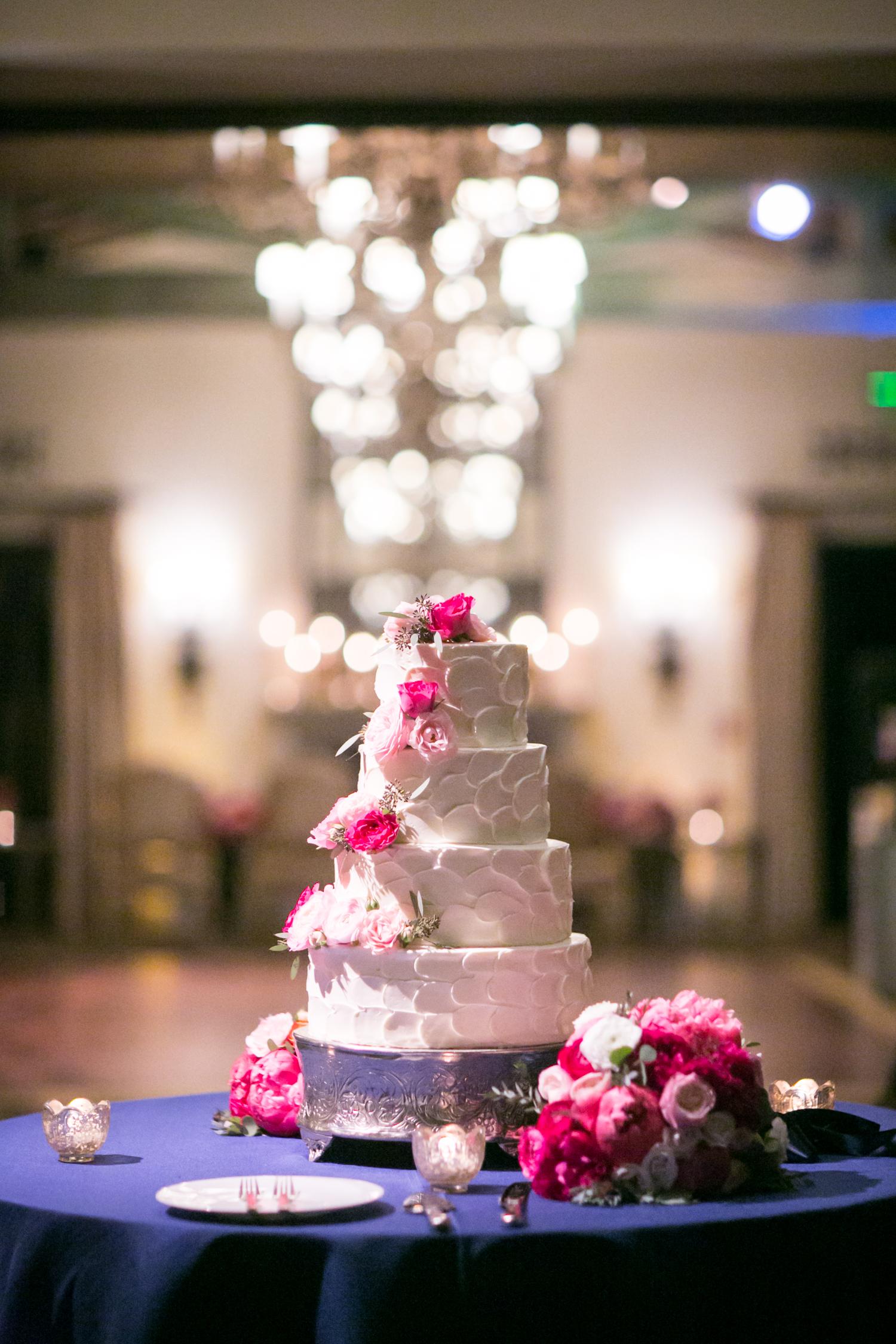 www.santabarbarawedding.com | Miki & Sonja Photography | Four Seasons Resort The Biltmore | Imagine Weddings & Special Events | Ambient Event Design | Wedding Cake