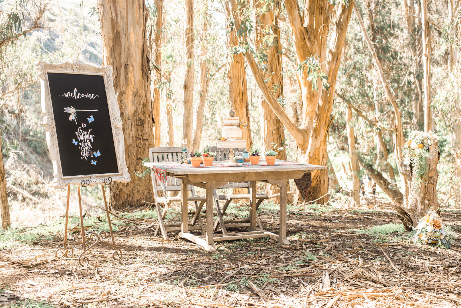 www.santabarbarawedding.com   Staci and Michael Photography   Montana de Oro State Park   EverAfter Wood Floral   Pier 1 Imports   The Blue Farmhouse   Wedding table decor