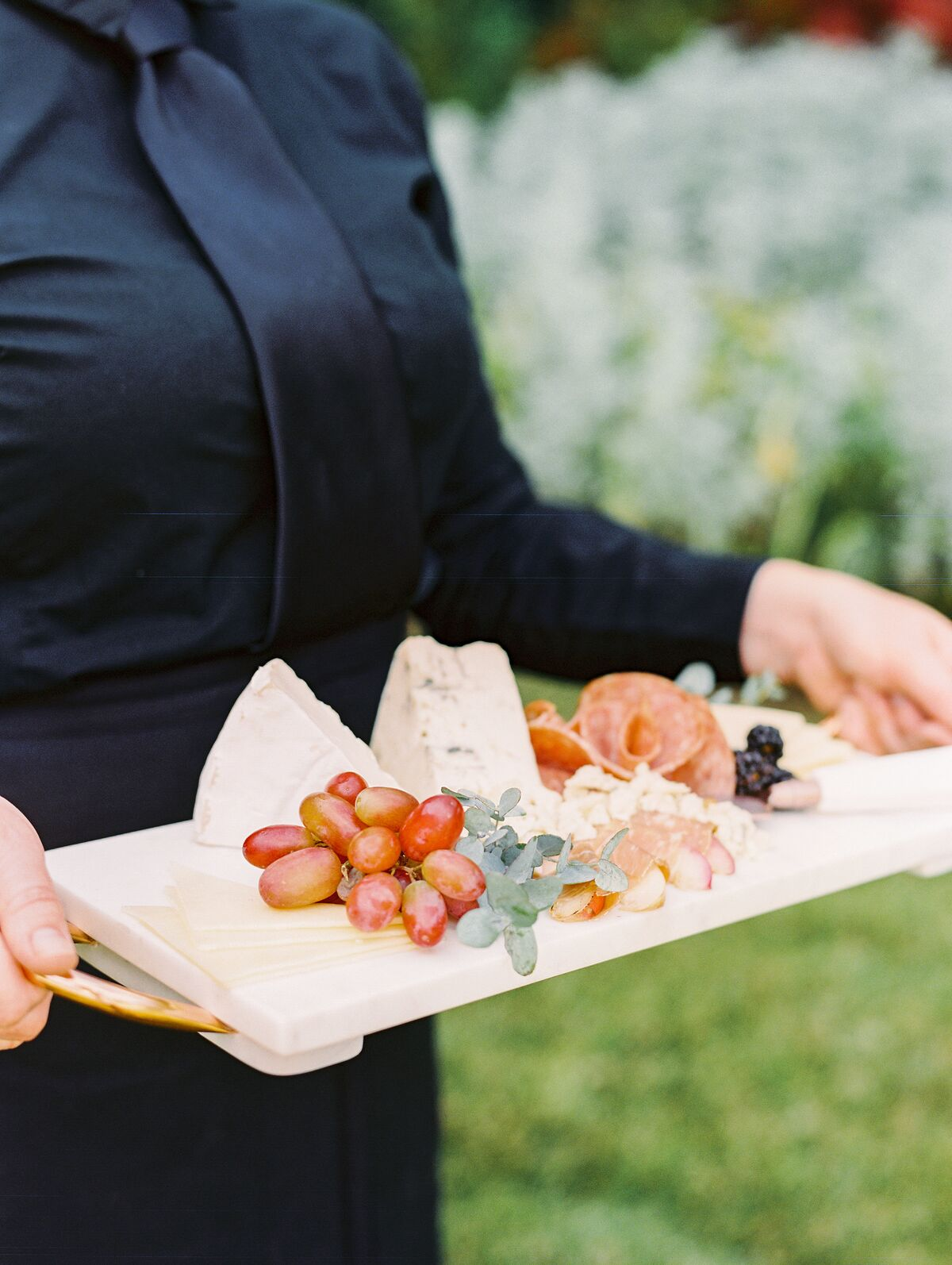 www.santabarbarawedding.com | Omni Catering | Sally Pinera