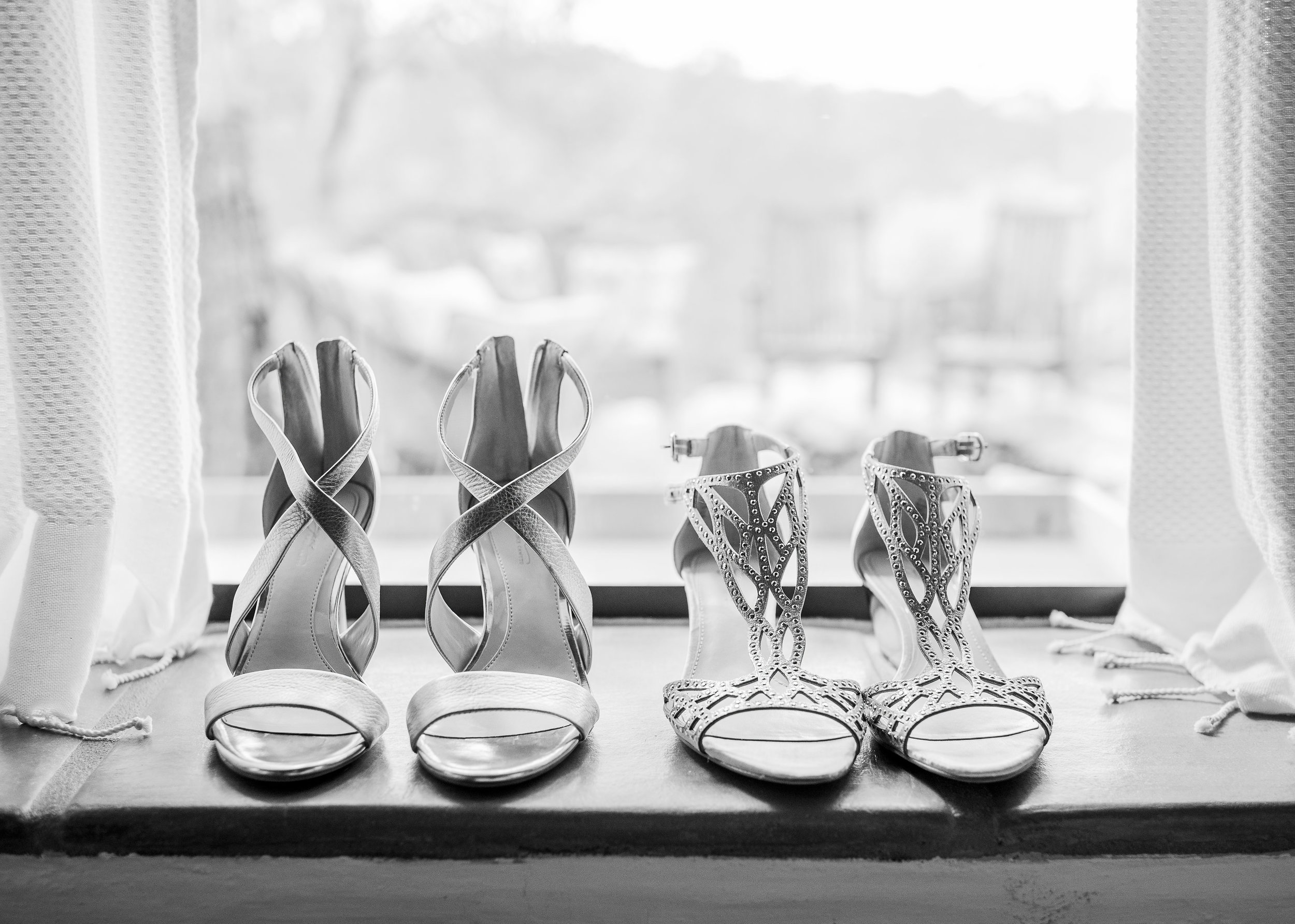 www.santabarbarawedding.com | Willa Kveta Photography | Private Estate | Savoir Faire | Couple's Shoes