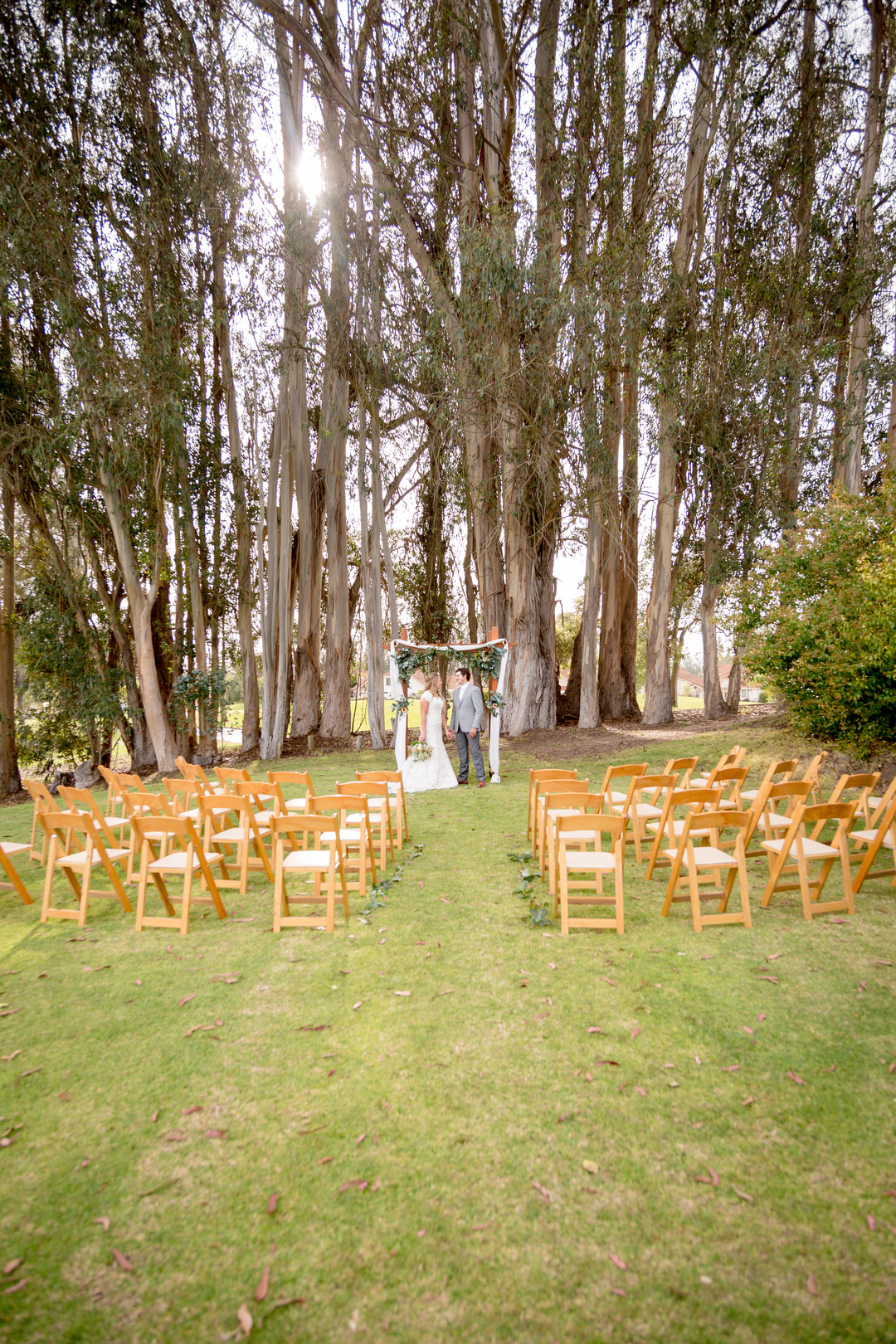 www.santabarbarawedding.com | SLO Town Studios | Black Lake Golf Course | Flowers by Denise | wedding ceremony