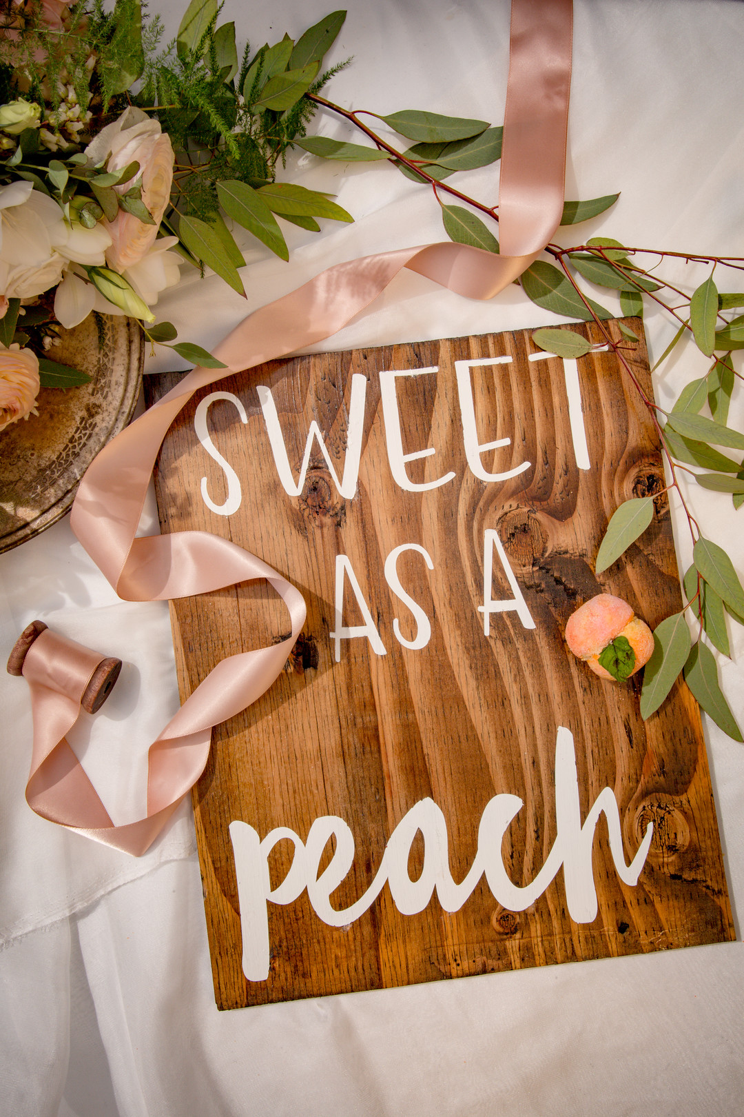 www.santabarbarawedding.com | SLO Town Studios | Black Lake Golf Course | Flowers by Denise | Opulence Signs & Designs | wedding signage