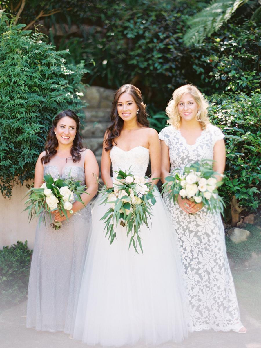 www.santabarbarawedding.com | Michael + Anna Costa Photography | Butterfly Lane Estate | Soigne Productions | Monique L'Huillier | Tricia Fountaine Designs | Bride with Bridesmaids