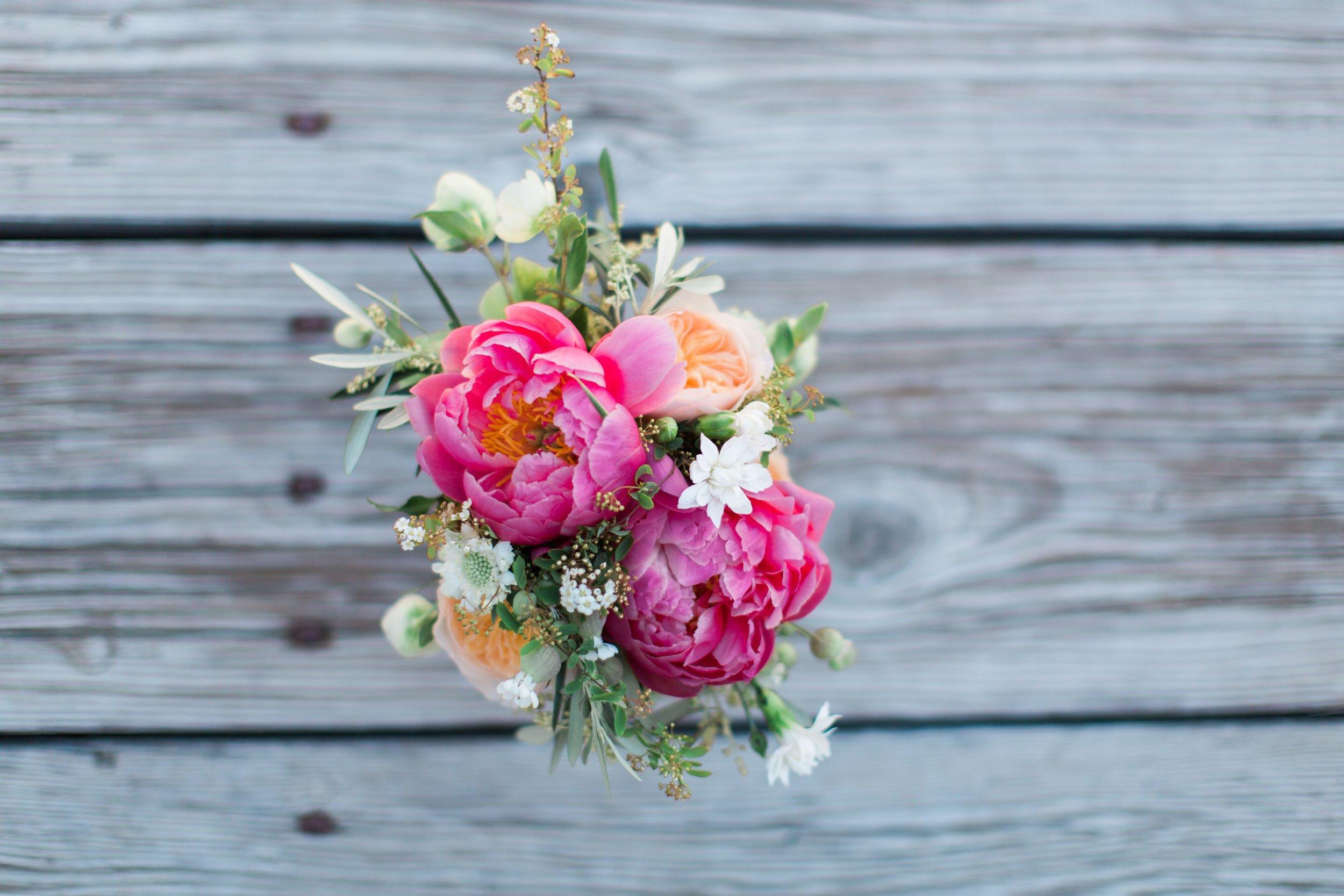 www.santabarbarawedding.com | Kiel Rucker Photography | Joelle Charming Wedding Planner | Figueroa Mountain Farmhouse | Ella & Louie Flowers | Wedding Flowers