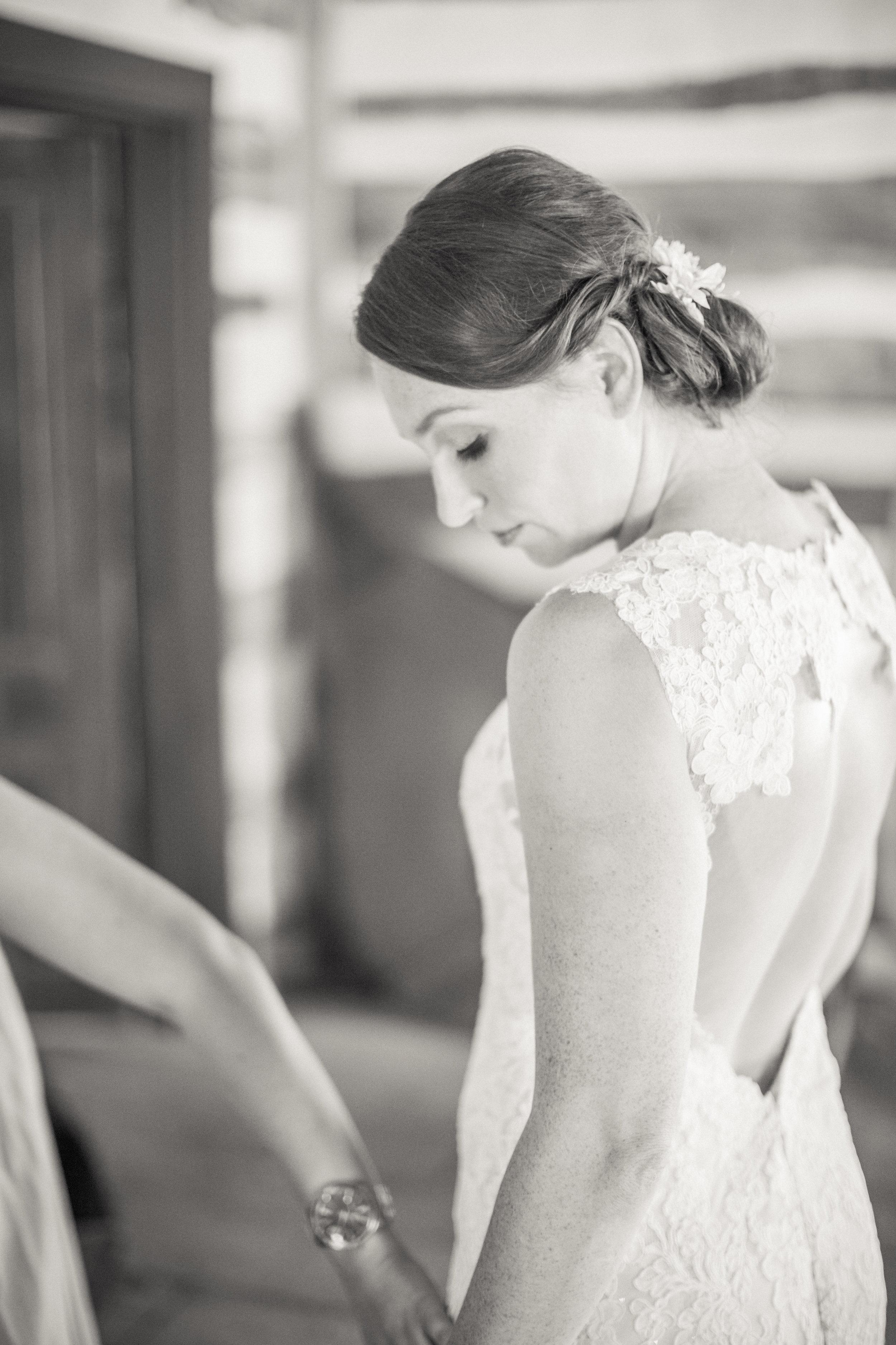 www.santabarbarawedding.com | Kiel Rucker Photography | Joelle Charming Wedding Planner | Figueroa Mountain Farmhouse | Wedding Dress