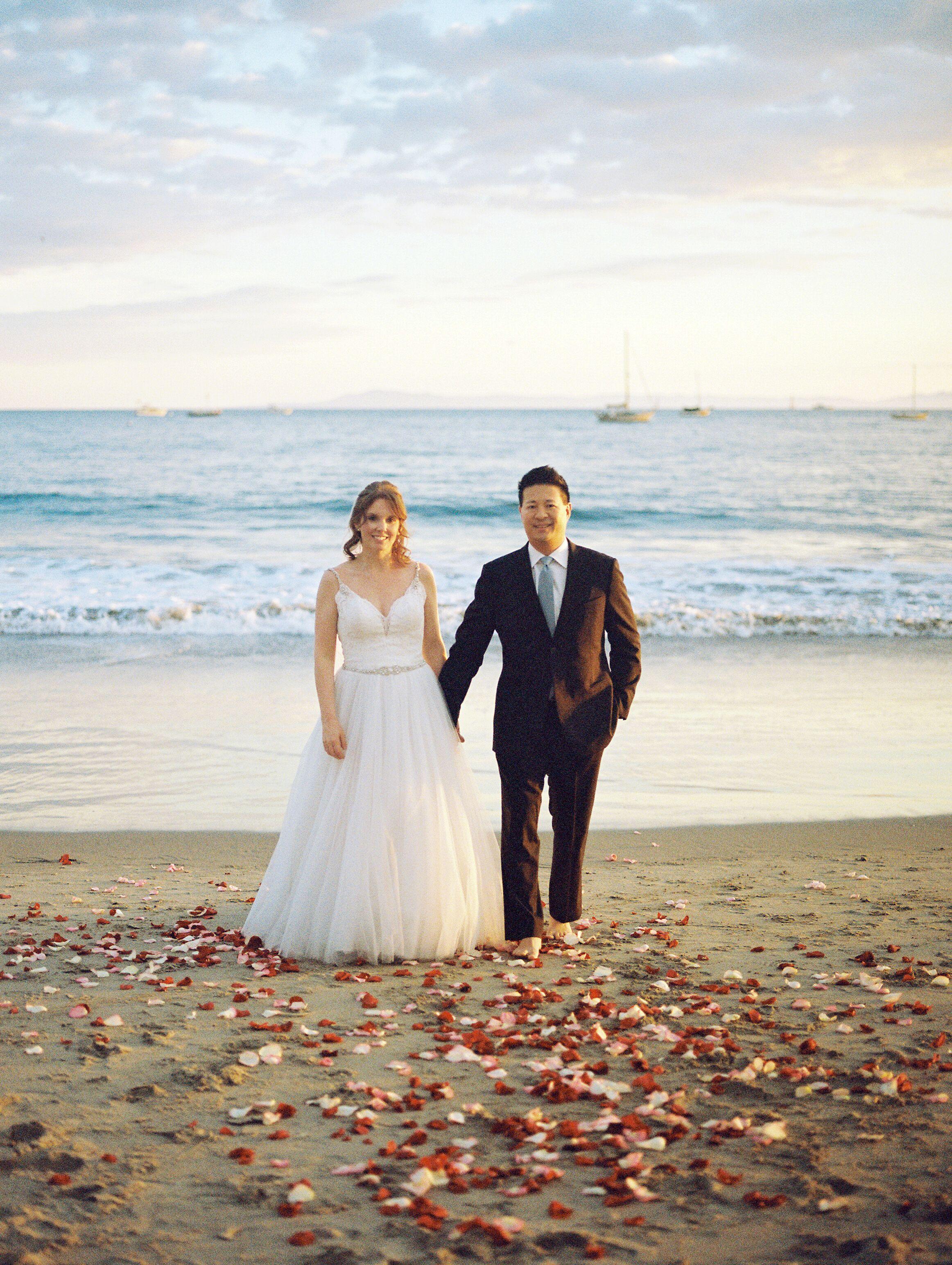 www.santabarbawedding.com | Venue: Santa Barbara Courthouse | Photography: Ryanne Bee Photography | Officiant: Santa Barbara Classic Weddings | Bride and Groom on the Beach