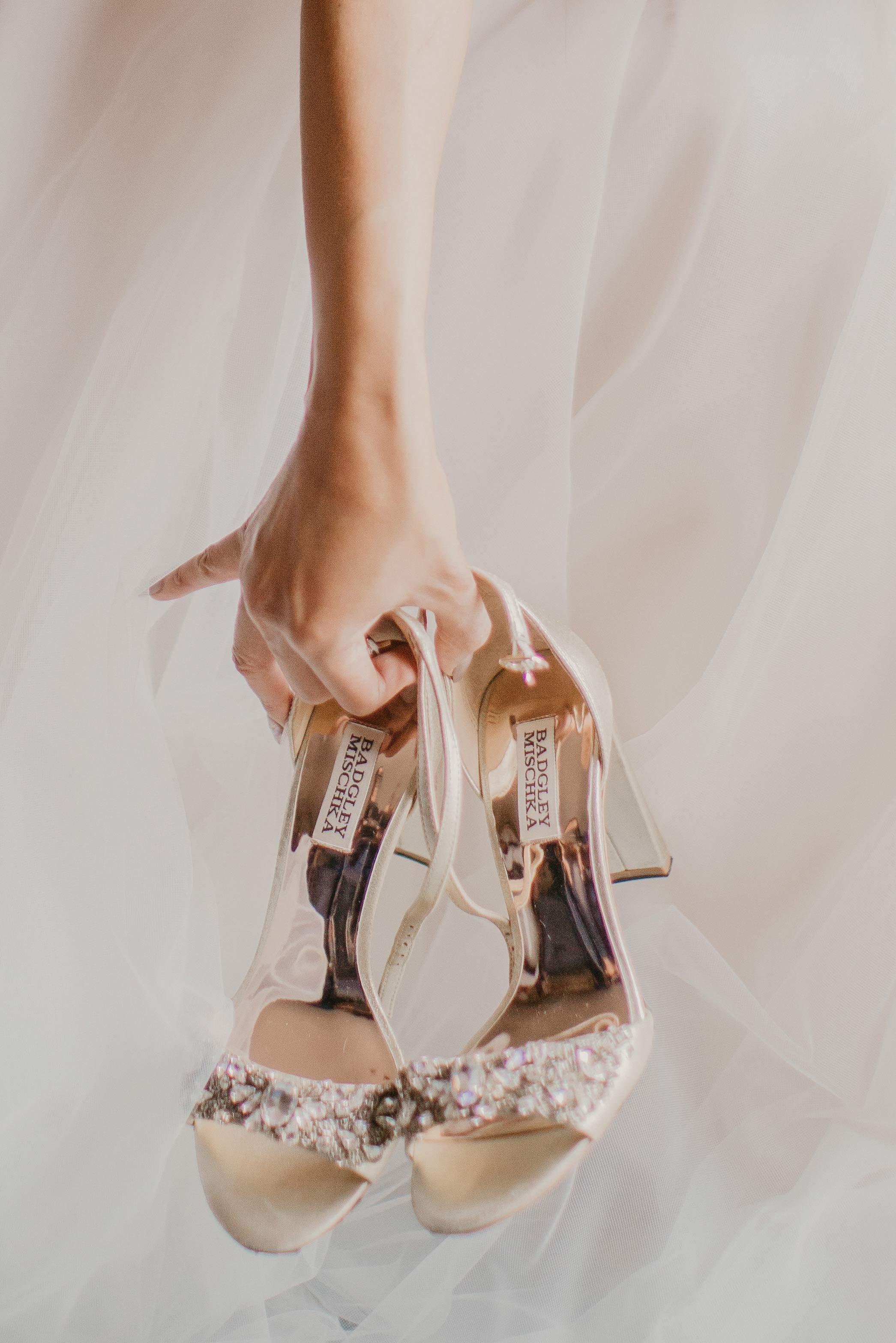 www.santabarbarawedding.com | Candice Marie Photography | Hilton Santa Barbara Beachfront Resort | Dalina Klan | Once in a Lifetime Weddings | Bride's Shoes