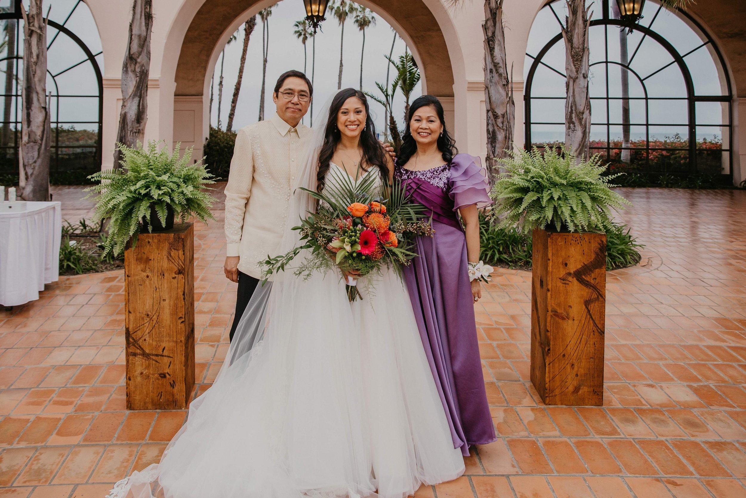 www.santabarbarawedding.com | Candice Marie Photography | Hilton Santa Barbara Beachfront Resort | Dalina Klan | Once in a Lifetime Weddings | Alpha Floral | Bride with Parents