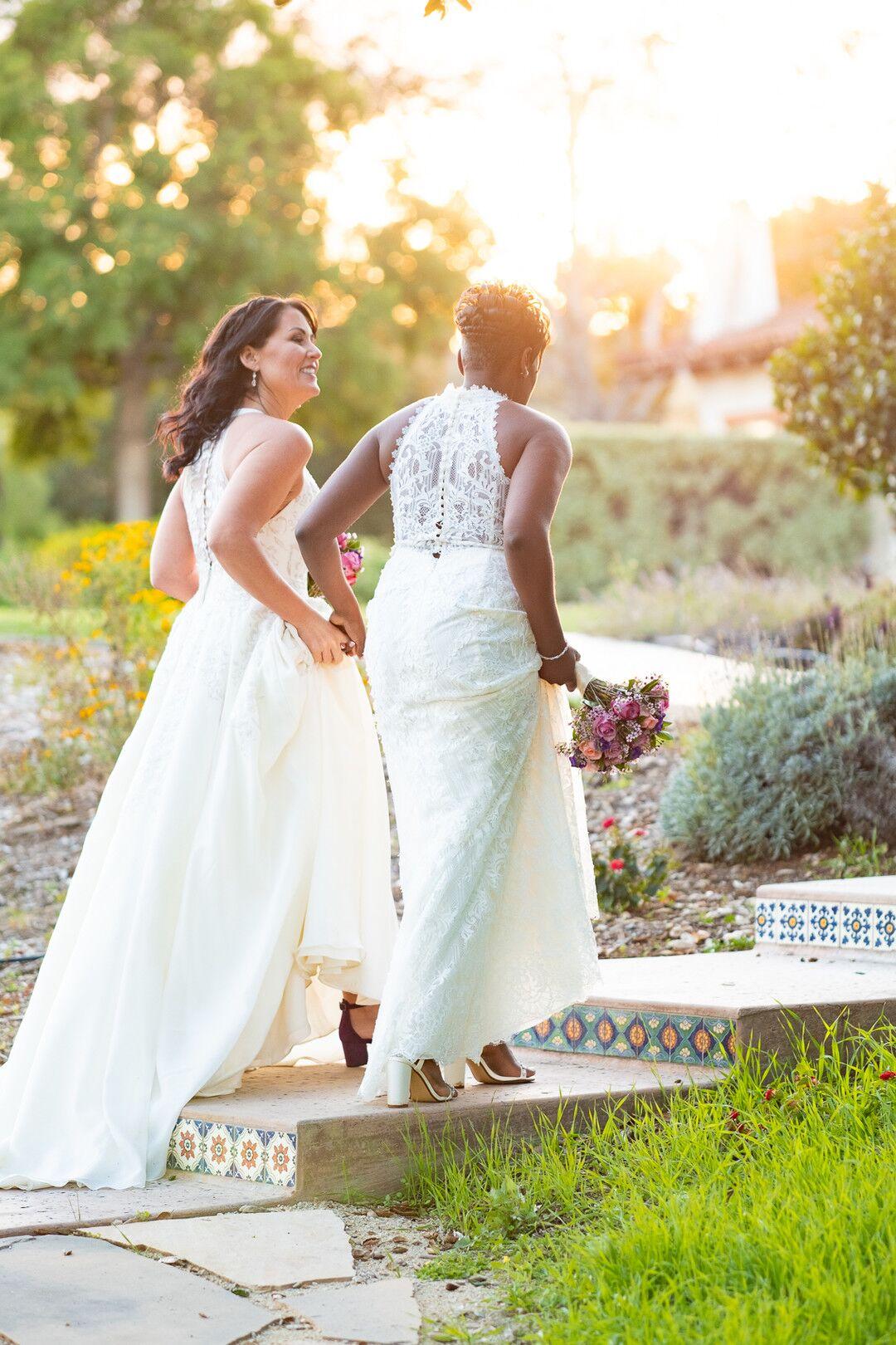 www.santabarbarawedding.com | Venue: The Casitas of Arroyo Grande | Photographer: Renoda Campbell Photography | Second Shooter: John Patrick Images |  Brides After Vows