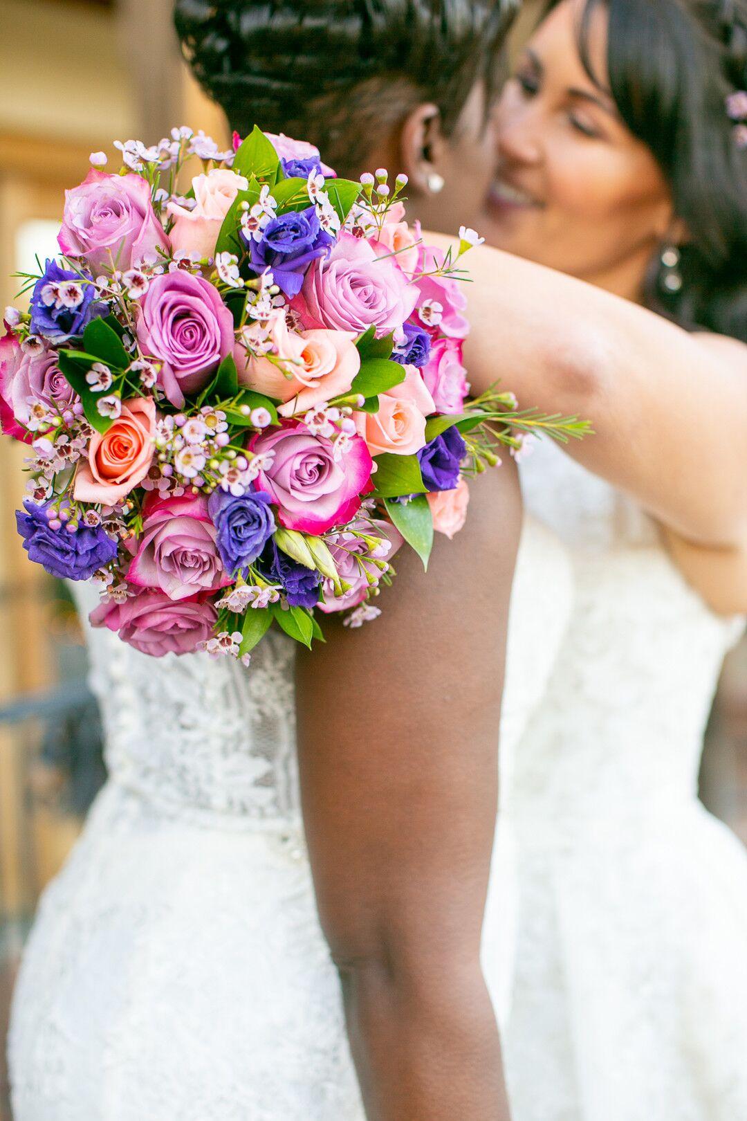 www.santabarbarawedding.com | Venue: The Casitas of Arroyo Grande | Photographer: Renoda Campbell Photography | Second Shooter: John Patrick Images |  Brides and Bouquet