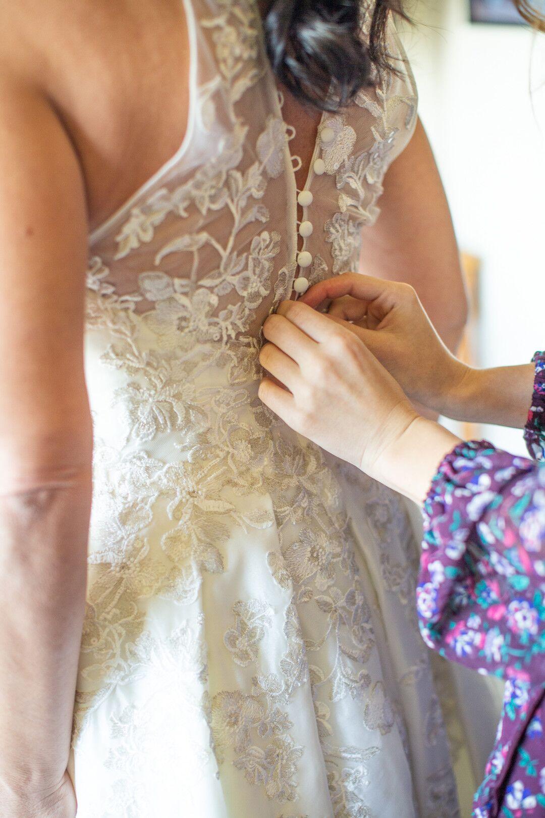www.santabarbarawedding.com | Venue: The Casitas of Arroyo Grande | Photographer: Renoda Campbell Photography | Second Shooter: John Patrick Images |  Bride Dressing