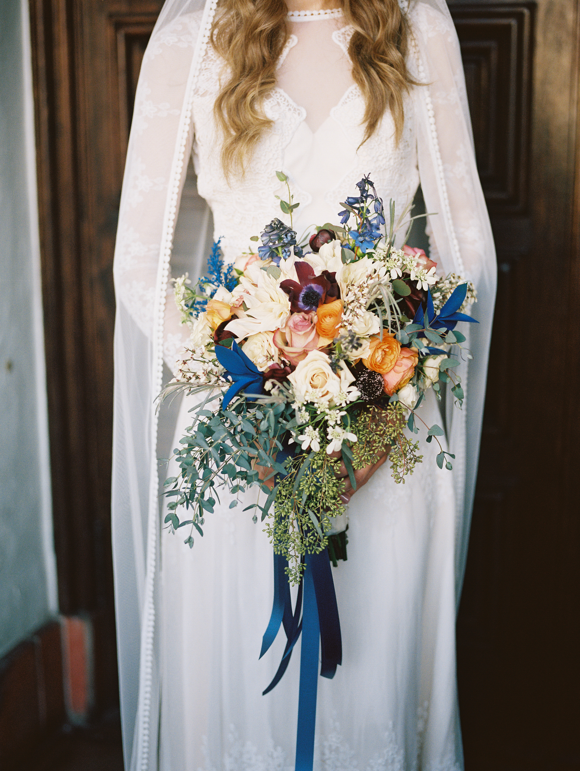 www.santabarbarawedding.com | Ryanne Bee Photography | Santa Barbara Courthouse | Belmond El Encanto | Dreamers and Lovers | Close-Up of Bride's Bouquet