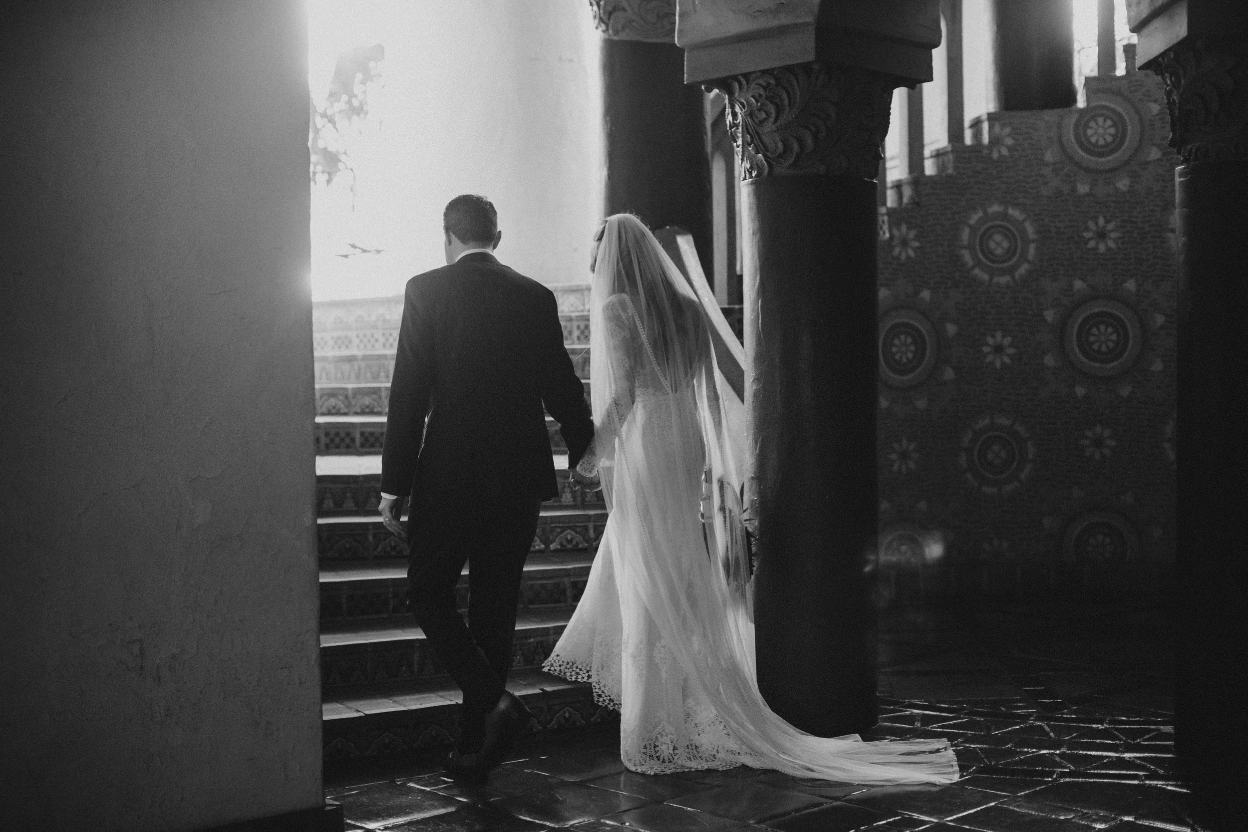 www.santabarbarawedding.com | Ryanne Bee Photography | Santa Barbara Courthouse | Dreamers and Lovers | Couple Leaving the Ceremony