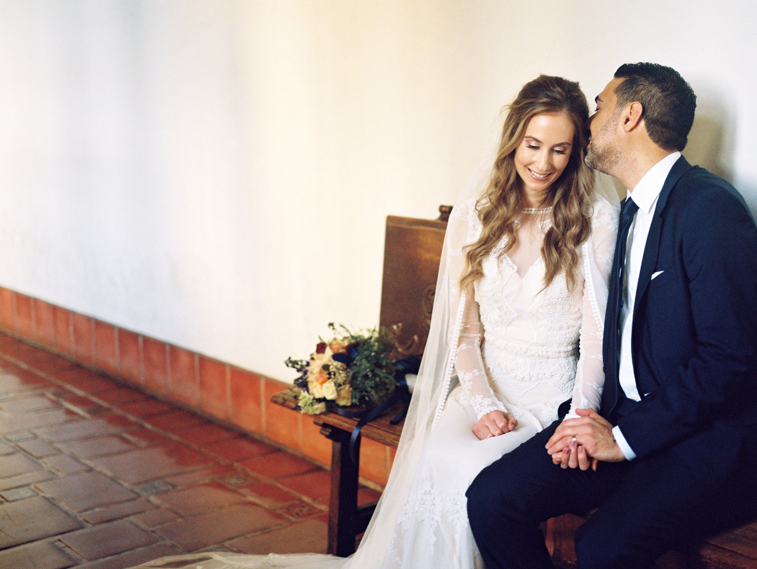 www.santabarbarawedding.com | Ryanne Bee Photography | Santa Barbara Courthouse | Dreamers and Lovers | Couple Sharing a Moment