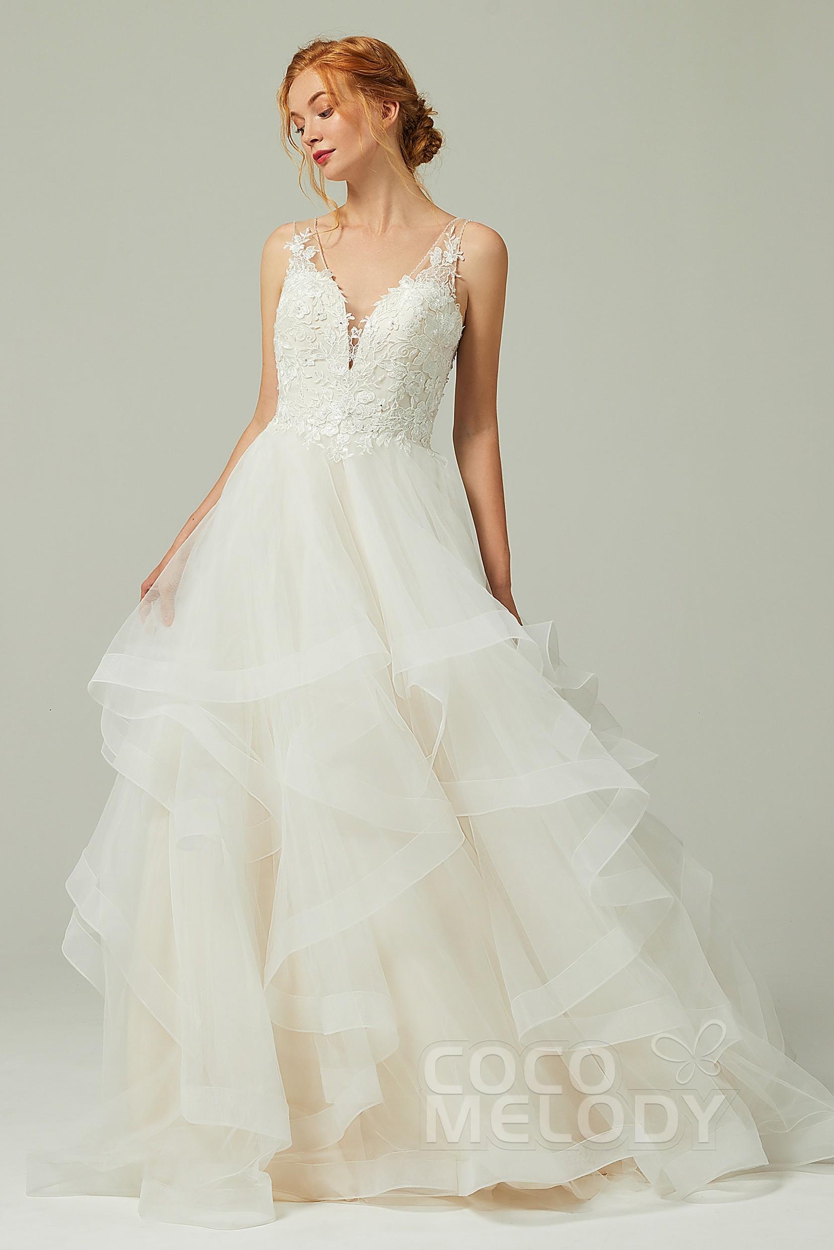 wwww.santabarbarawedding.com | COCOMELODY | A-Line Court Train Tulle Wedding Dress