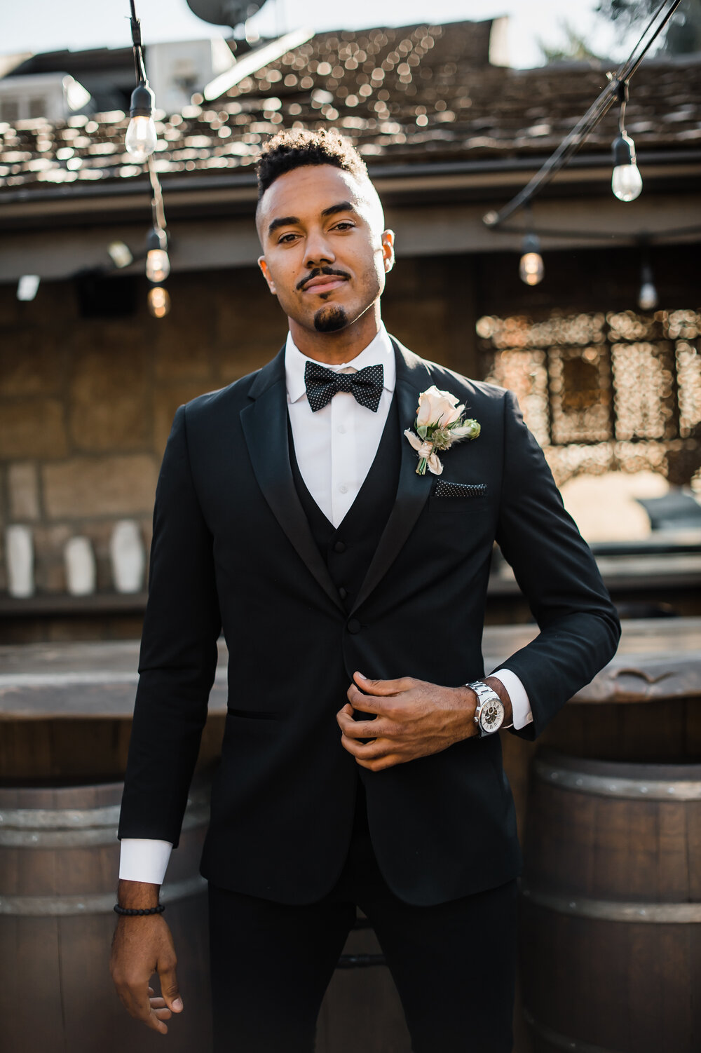 www.santabarbarawedding.com | The Tavern at Zaca Creek | Events by Fran | Michelle Ramirez Photography | Tangled Lotus | Friar Tux | Groom by the Bar