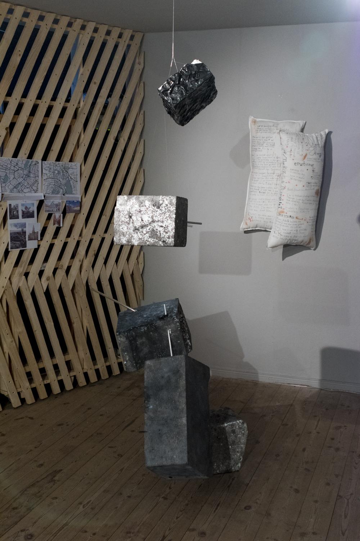 SAIC_Zeitgeist_Su18_Exhibition_18.jpg