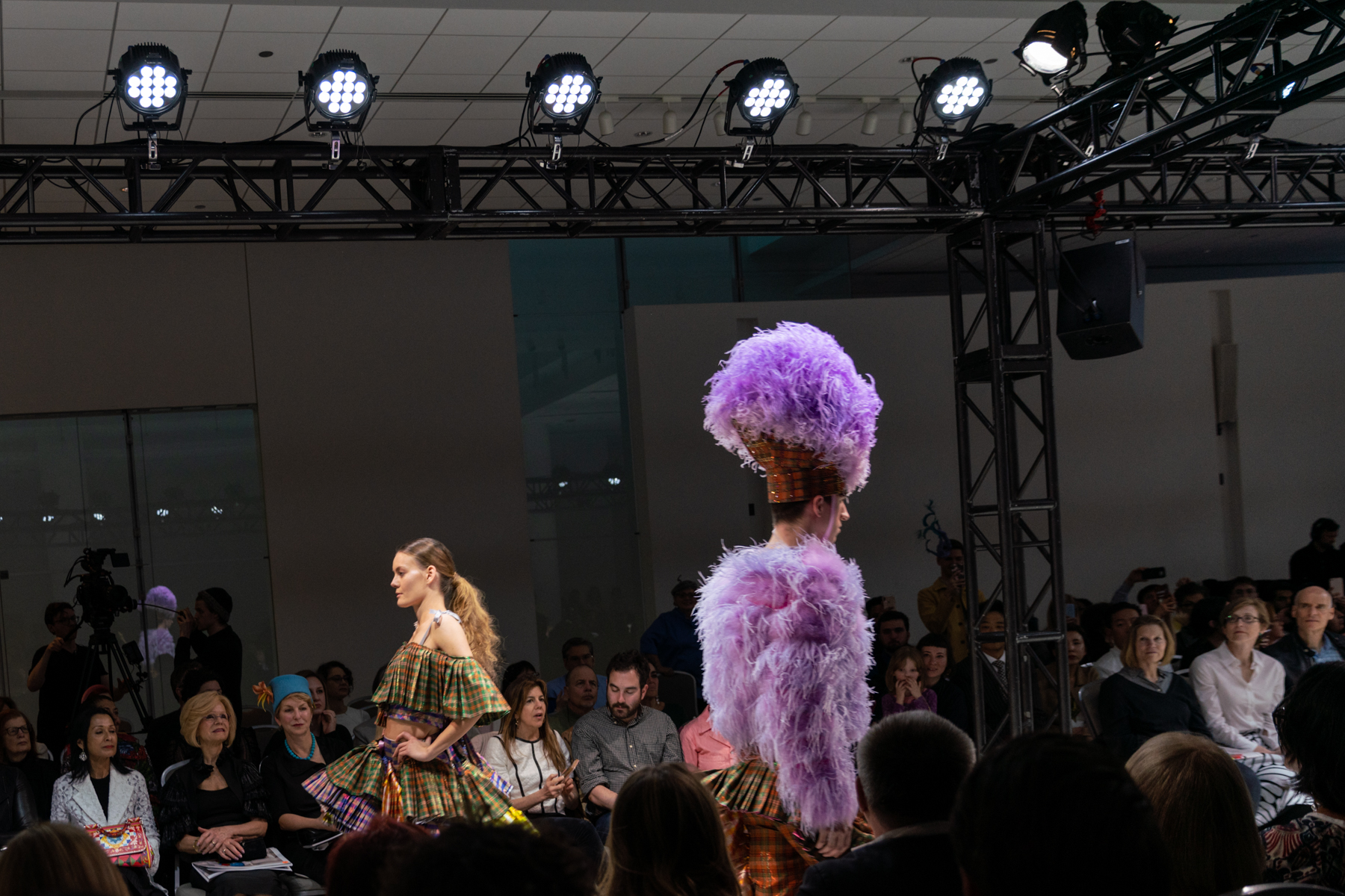 connor_fenwick_saic_fashion_event_lyons_02.jpg