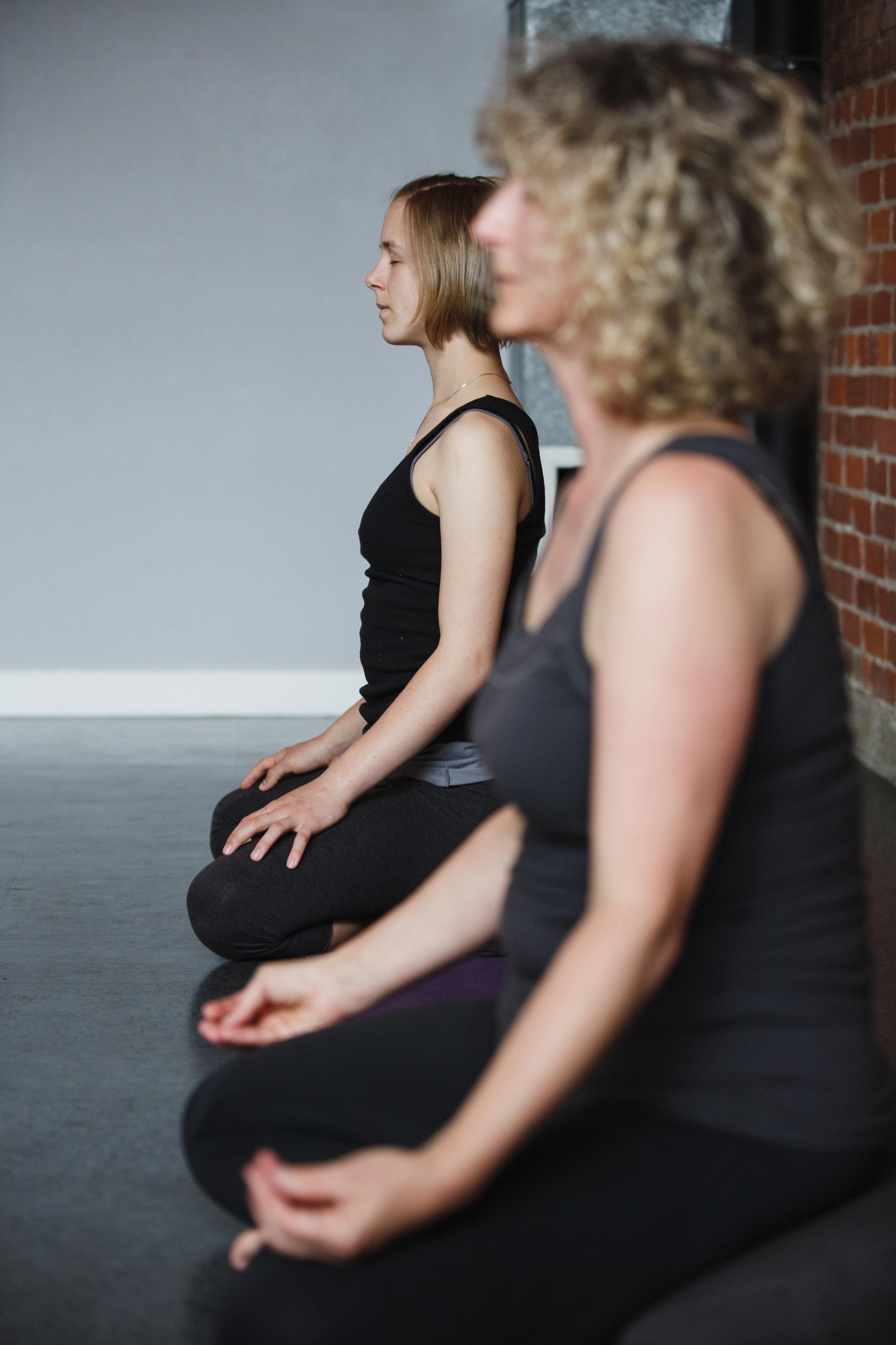 hi-res - yoga meditation-0037.jpg