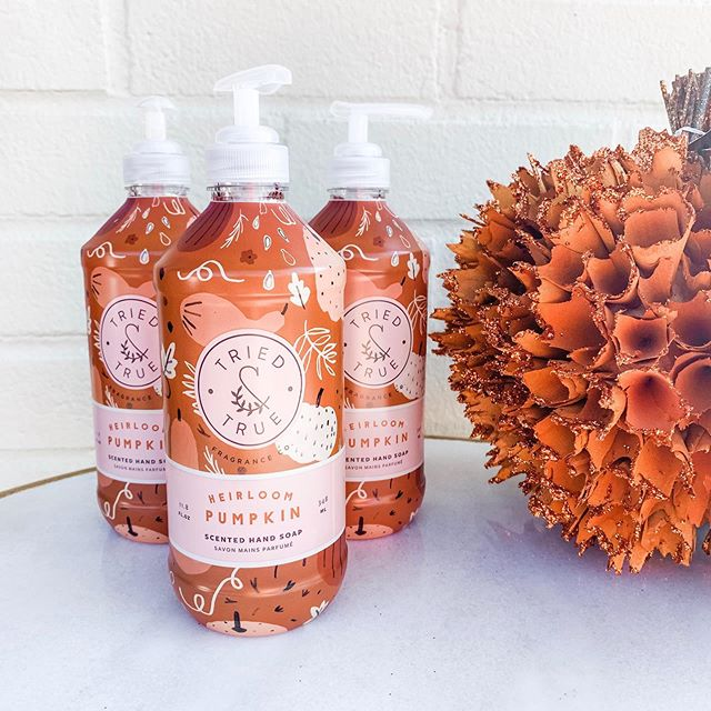 Heirloom pumpkin hand soap is the perfect way to get your house ready for fall! 🧡 Come see us this week Tuesday -Saturday 10:30-5:30