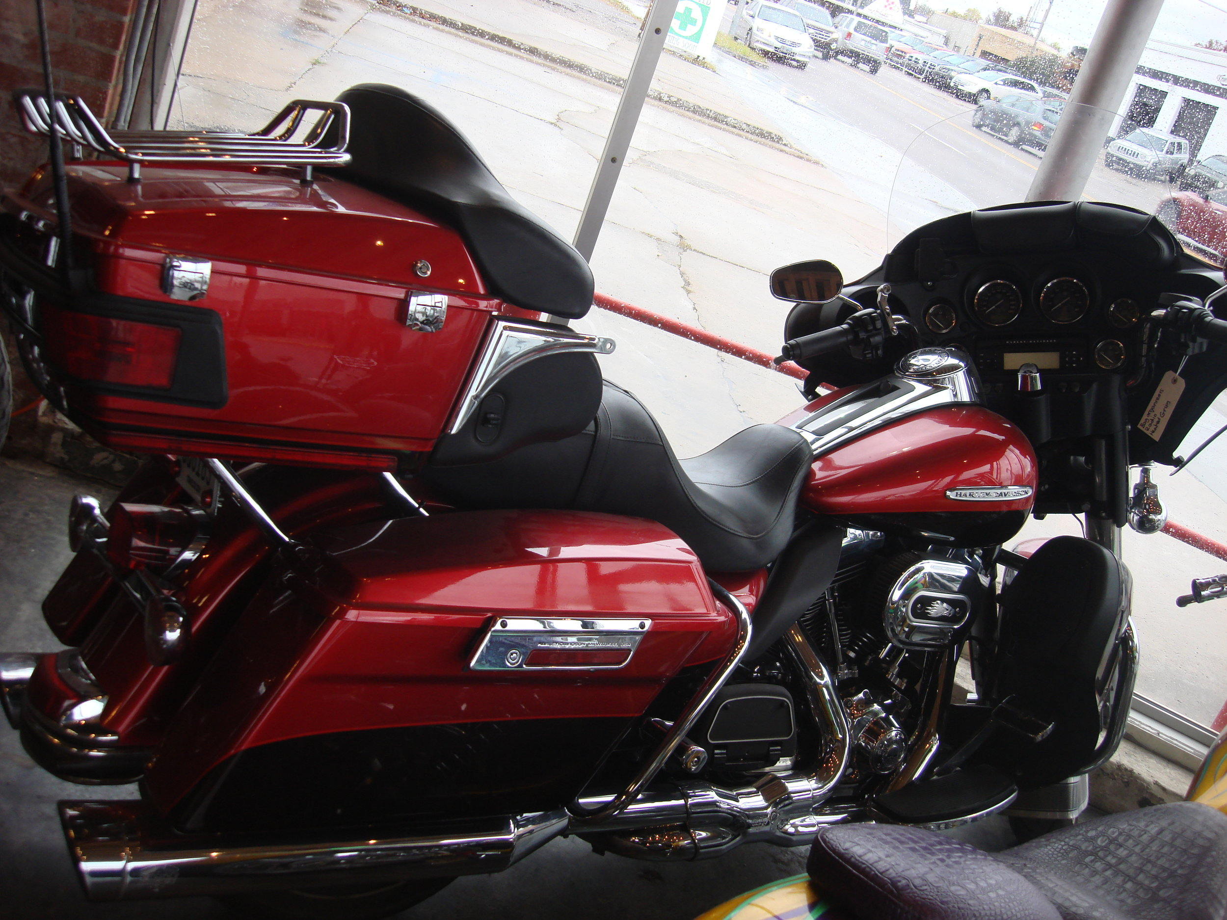 2012 Harley Ultra Classic loaded, $13,500 fully loaded with bag organizers, radio & heated grips. 30k miles  NEW LOWER PRICE $11,500