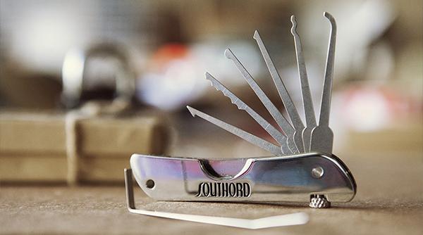 jackknife_lockpick_set.jpg