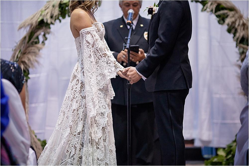 Lindsey and Stephens Denver Museum Wedding | Colorado Wedding Photographer_0046.jpg