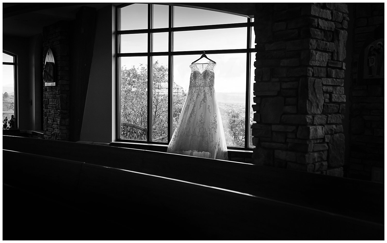 Amber and Dahlton's Castle Rock Wedding_0007.jpg