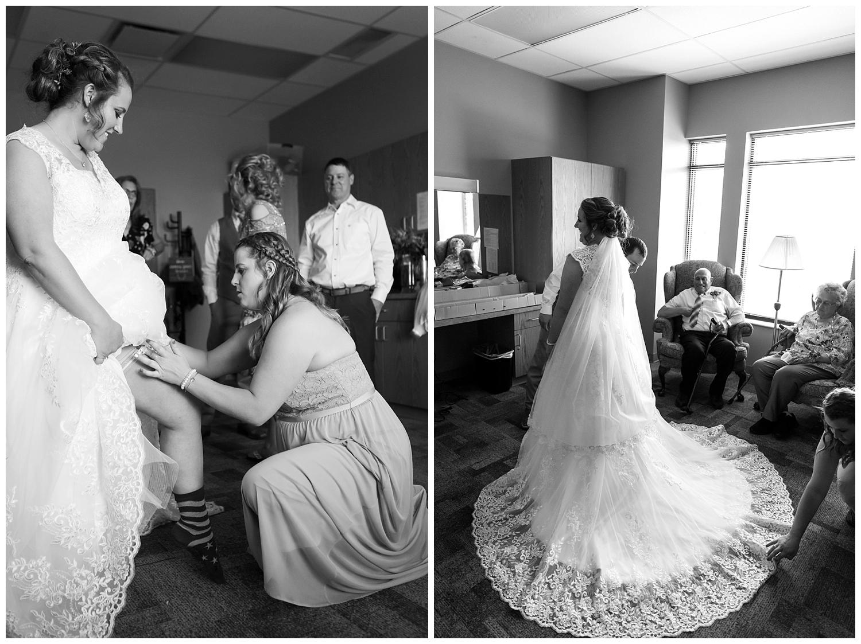 Amber and Dahlton's Castle Rock Wedding_0017.jpg