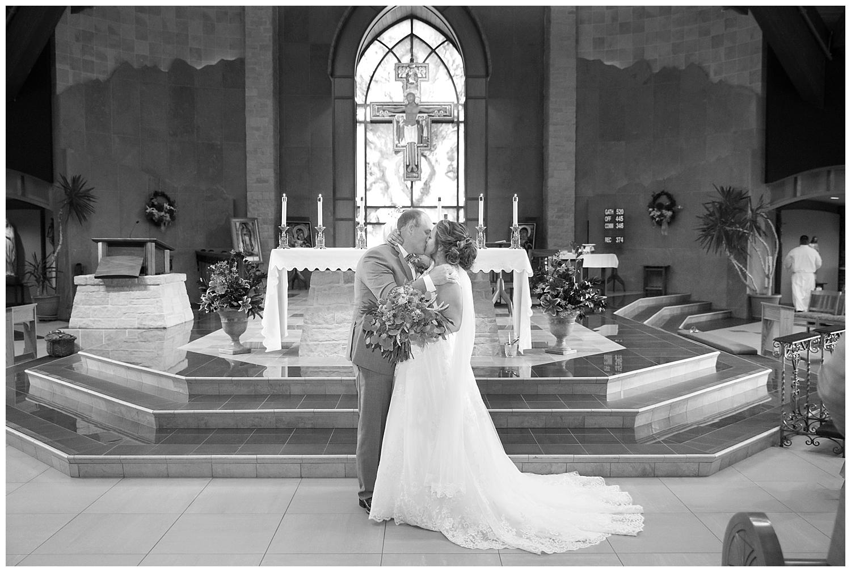 Amber and Dahlton's Castle Rock Wedding_0044.jpg