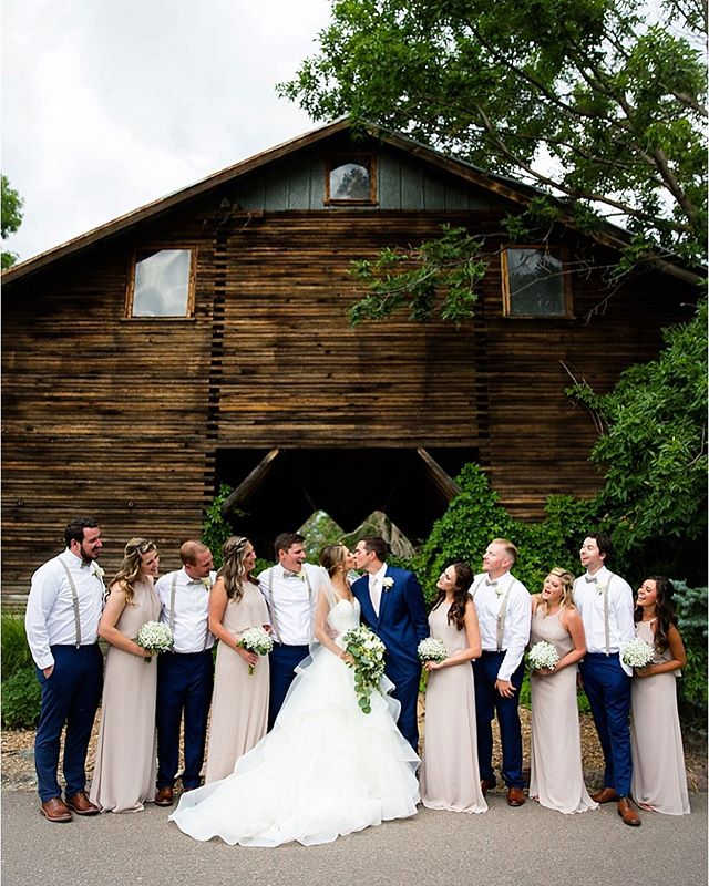 The Barn at Raccoon Creek is a venue close to our home that we hold near and dear to our hearts. Drake photographed and created a film of the construction of the venue from its inception almost 5 years ago. Since then we've been photographing weddings there frequently. The staff is amazing, views are spectacular and Chef Dan can cook up some mean bbq buffets. If you're thinking of getting married in Colorado, definitely check out The Barn😀 Isa, Kate, Heidi, Shelby and Dan, along with the rest of the crew, will be sure to help make your day fabulous! ❤️ @thebarnatraccooncreek #coloradowedding #coloradoweddingphotograher #coloradoweddingphotograhy #littletonwedding #littletonweddingvenue #coloradoweddingvenue #coloradolove #bridalparty #weddingparty #coloradobride #rockymountainbride #coloradoweddingphotos #littletonweddingphotographer