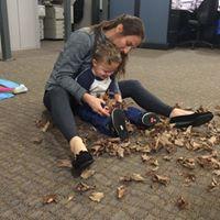 fall leaf sensory play