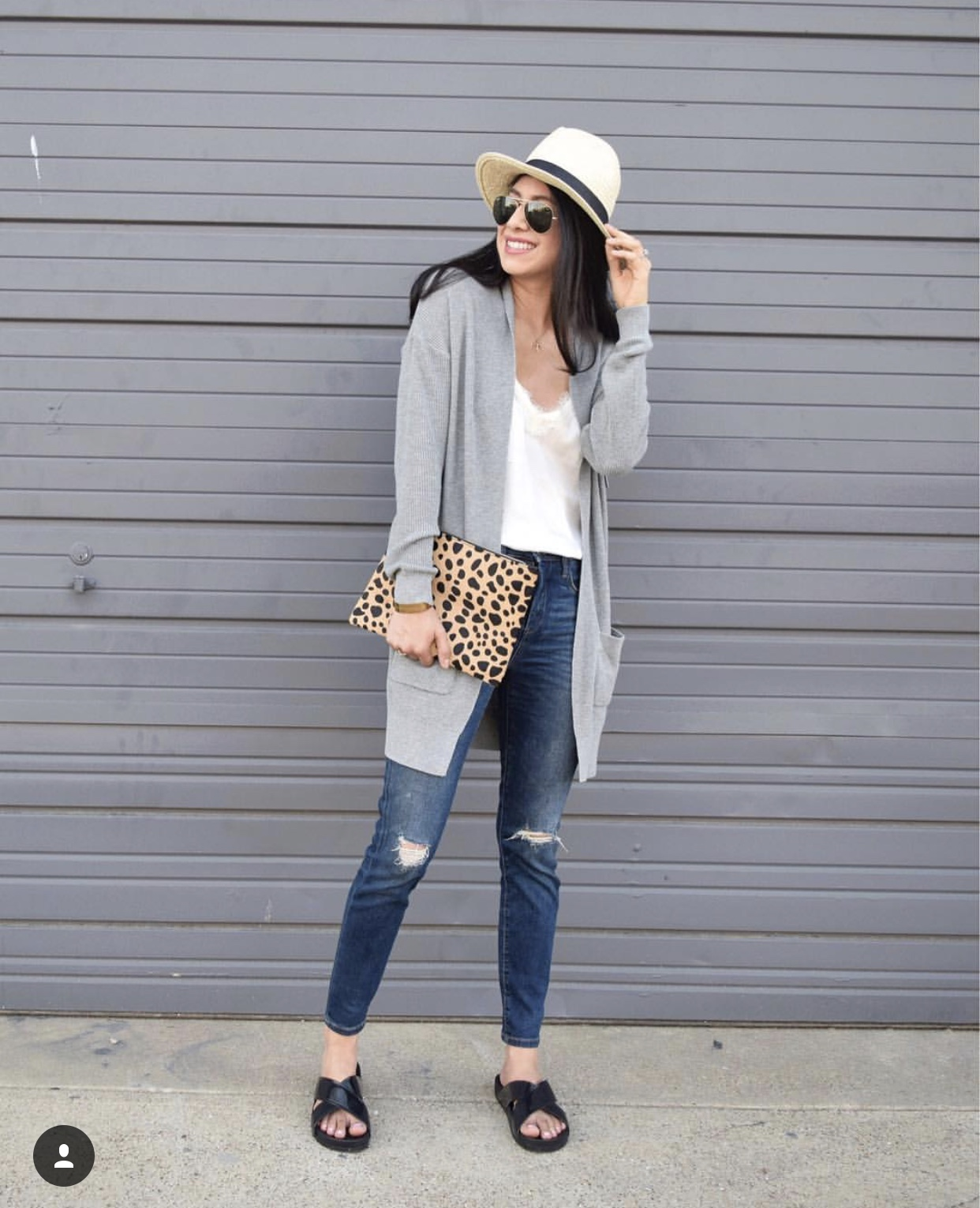 Screenshot from  @vanessaindallas  - Jeans, Cardigan, tank, Clutch