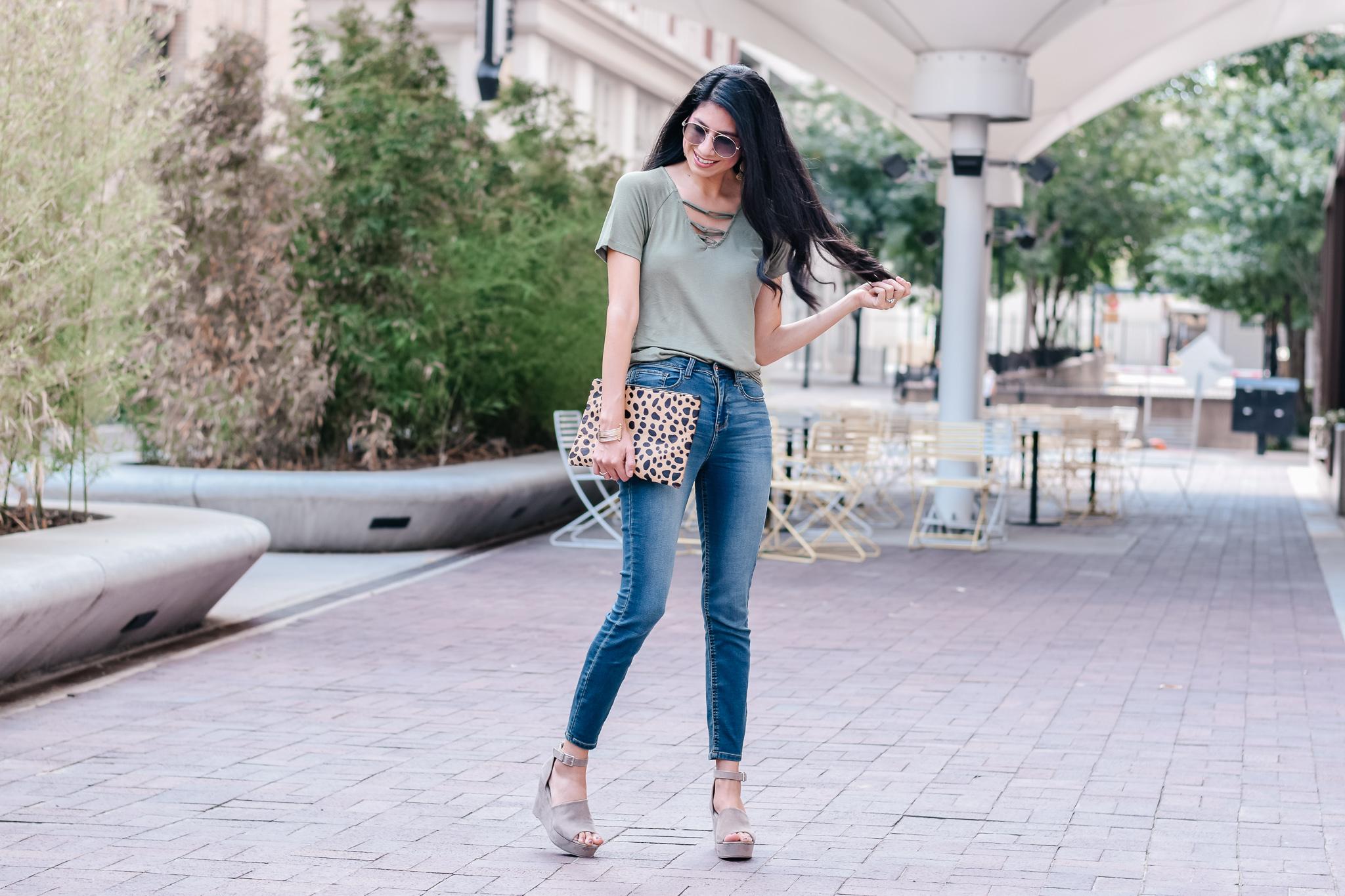Wishful Park Loop Neck Top / Vanilla Star Skinny Jeans