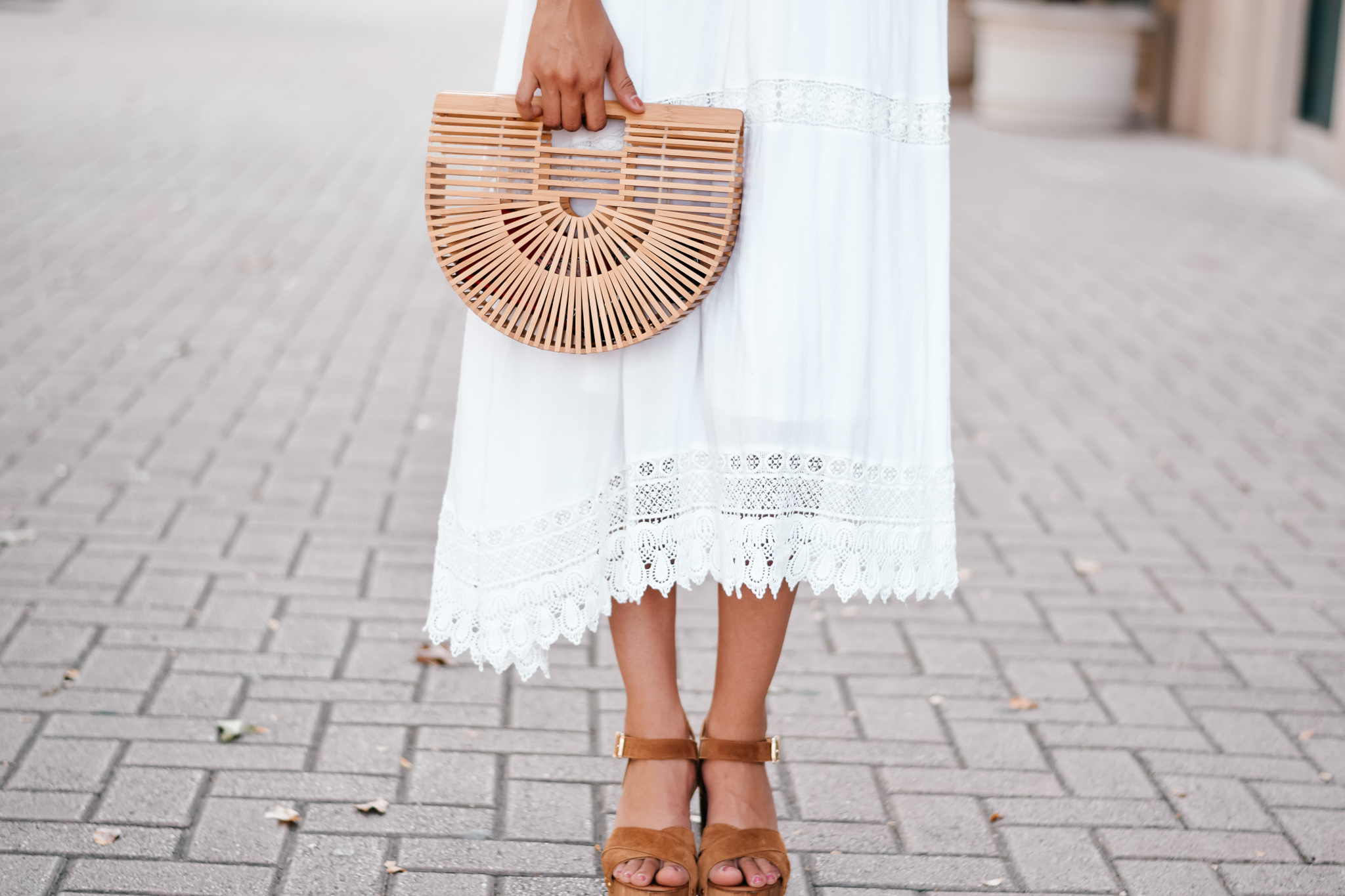 Vanessa in Dallas- Summer Dress and Bag