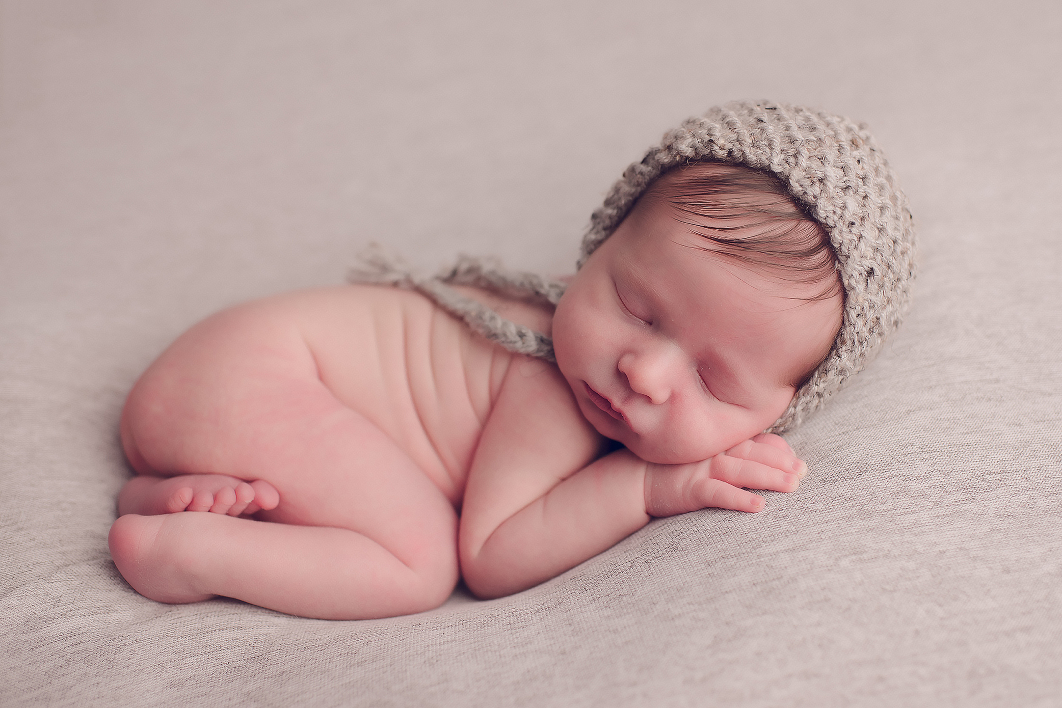 Kennewick newborn photographer.jpg