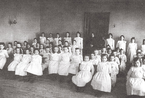 Girls at Sacred Heart Orphanage, West Park, New York. Courtesy of Saint Cabrini Home, West Park, NY.