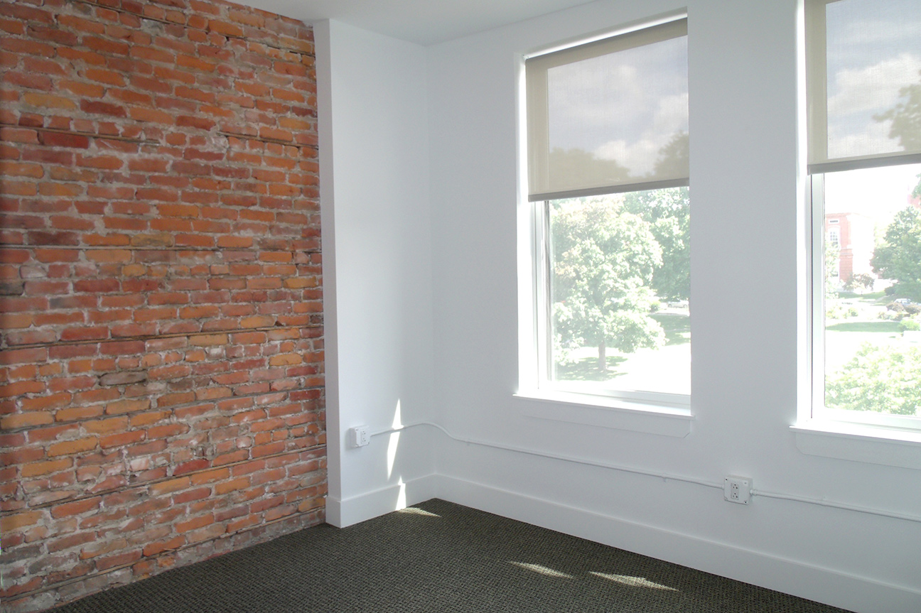 URBAN CHIC  Exposed brick walls, high quality rolling shades, new flooring and carpeting add a fresh, modern look.  SEE MORE