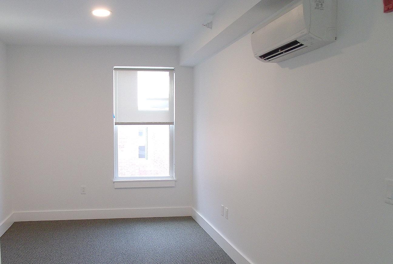 bedroom_white_opt.jpg